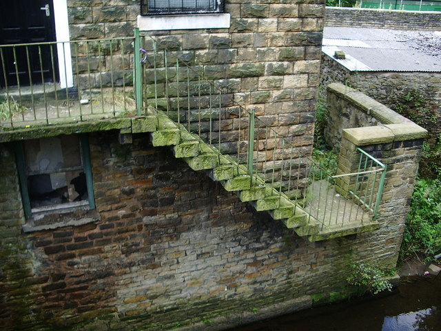 File Outside Steps Off Union Road Oswaldtwistle Geograph Org Uk