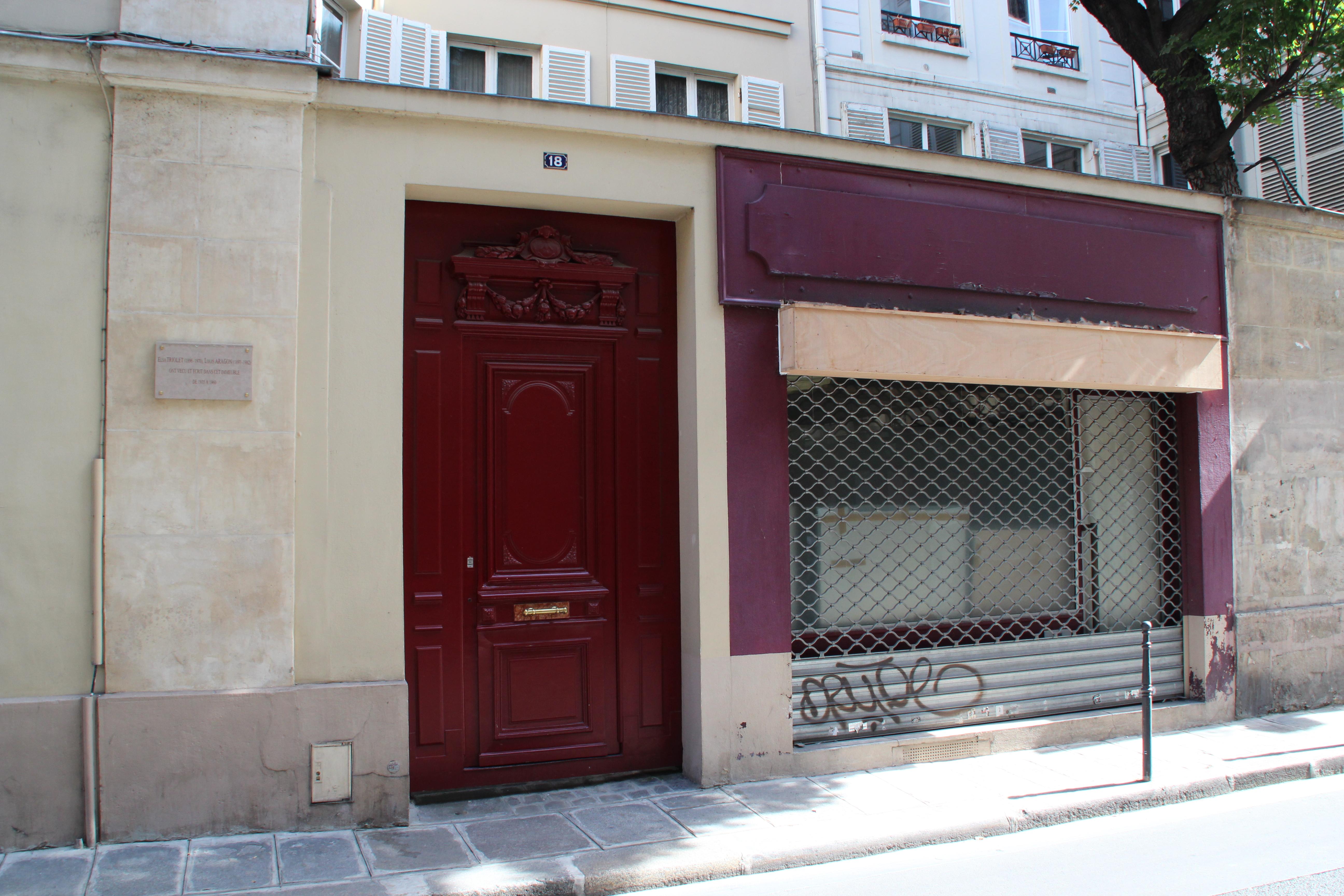 Paris 18 rue de La Sourdière 2012 2.jpg