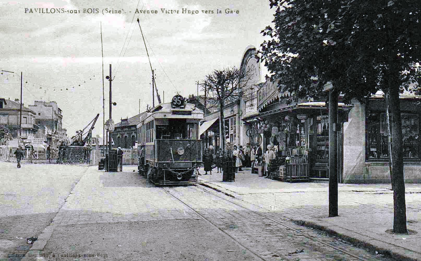 File Pavillons sous Bois Avenue Victor Hugo vers la Gare jpg Wikimedia Commons # Déchetterie Pavillons Sous Bois