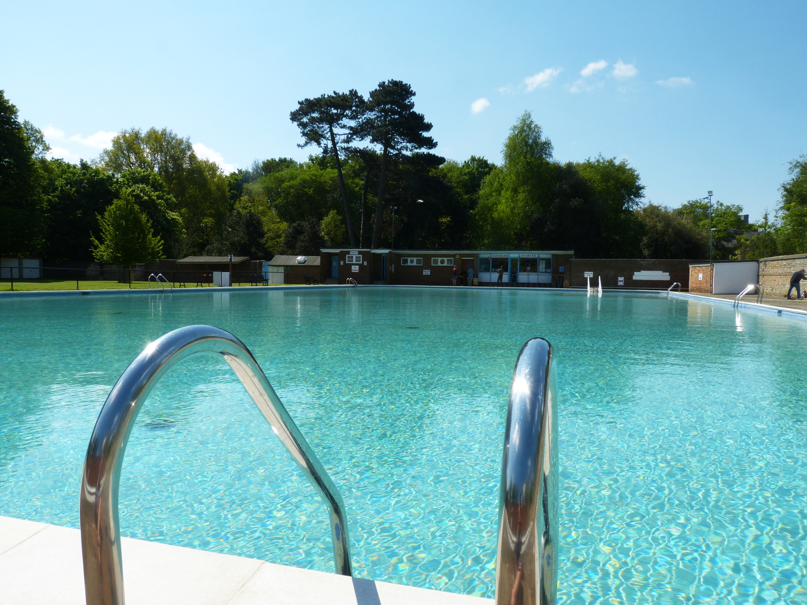 Pells pool wikipedia - How far is 50 lengths of a swimming pool ...
