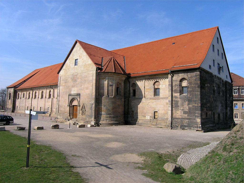 Peterskirche_Erfurt_1.jpg