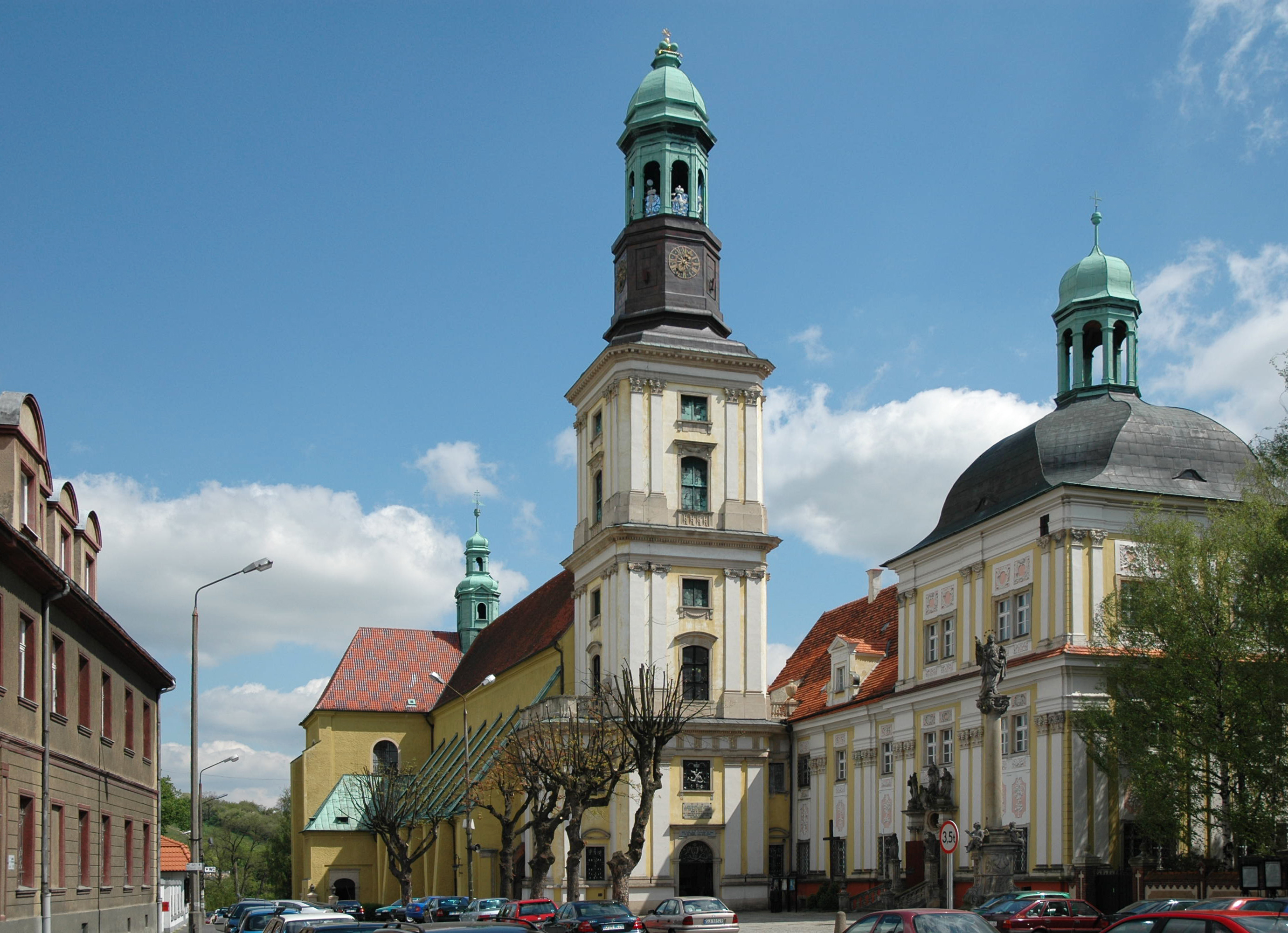 Bon Mercredi Poland_Trzebnica_-_sanctuary_of_Hedwig