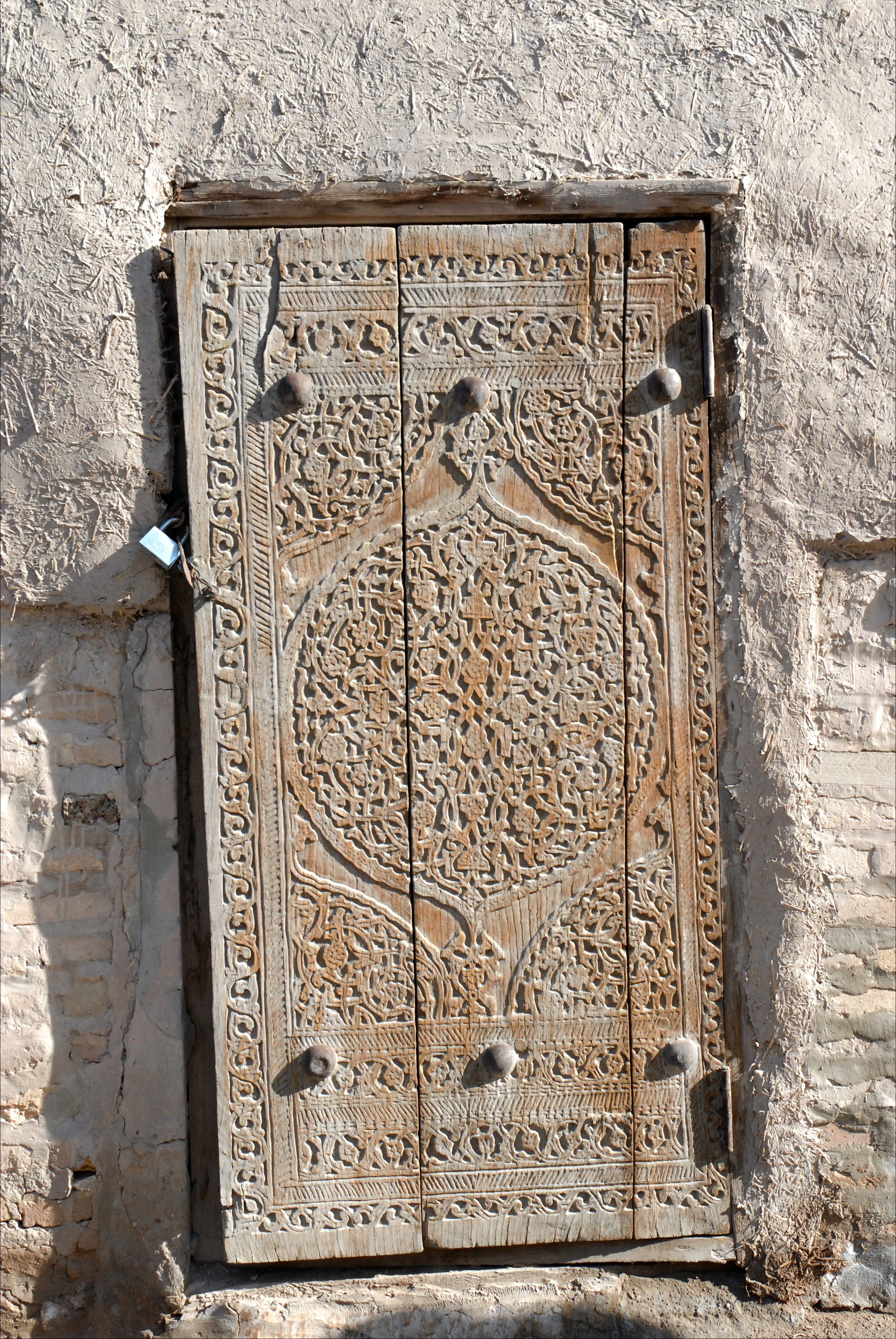 file porte en bois sculpt khiva ouzb kistan 5586946798 jpg wikimedia commons. Black Bedroom Furniture Sets. Home Design Ideas