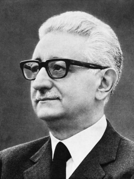 Giovanni leone wikipedia for Sito della repubblica