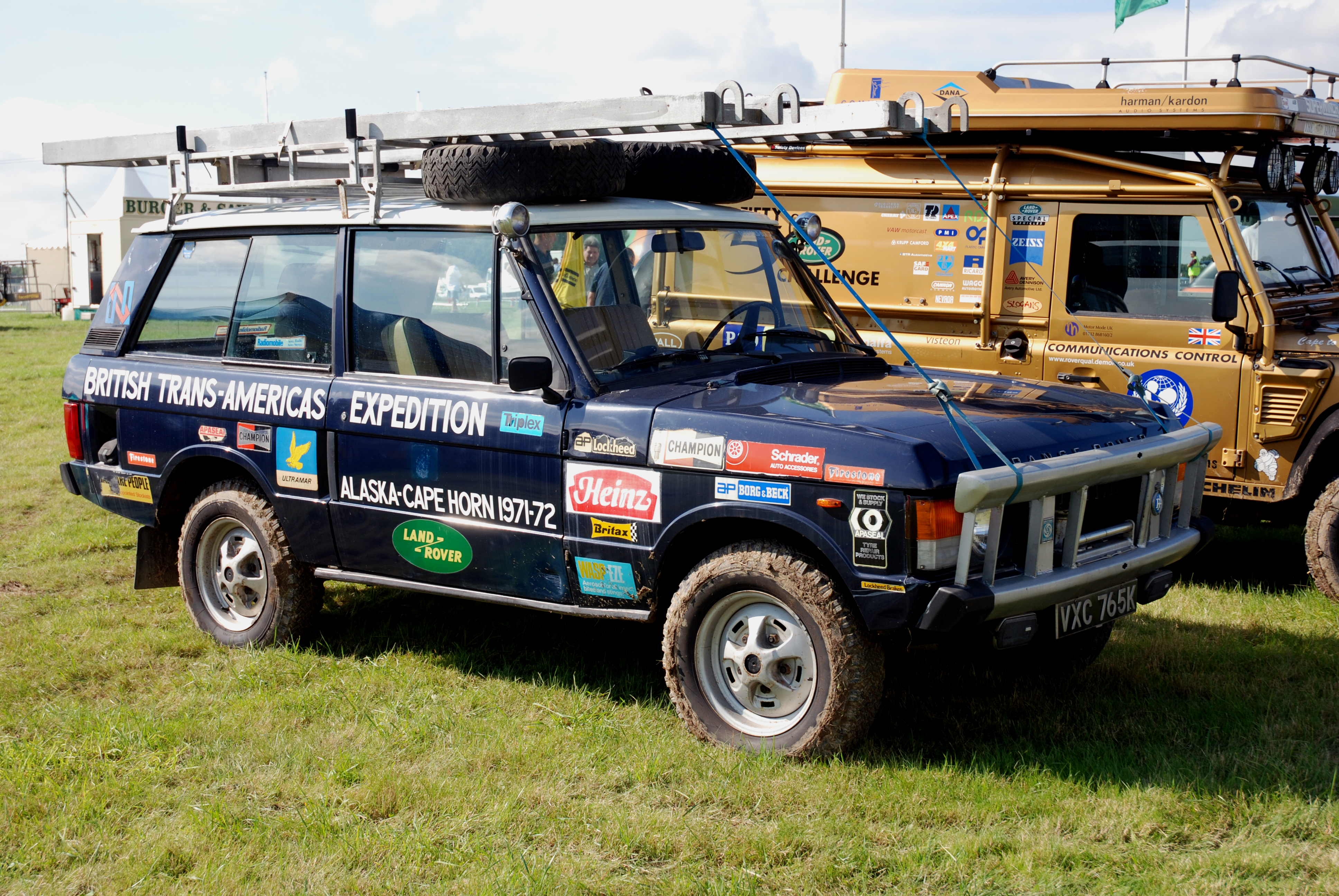 Range_Rover_%281241347548%29.jpg
