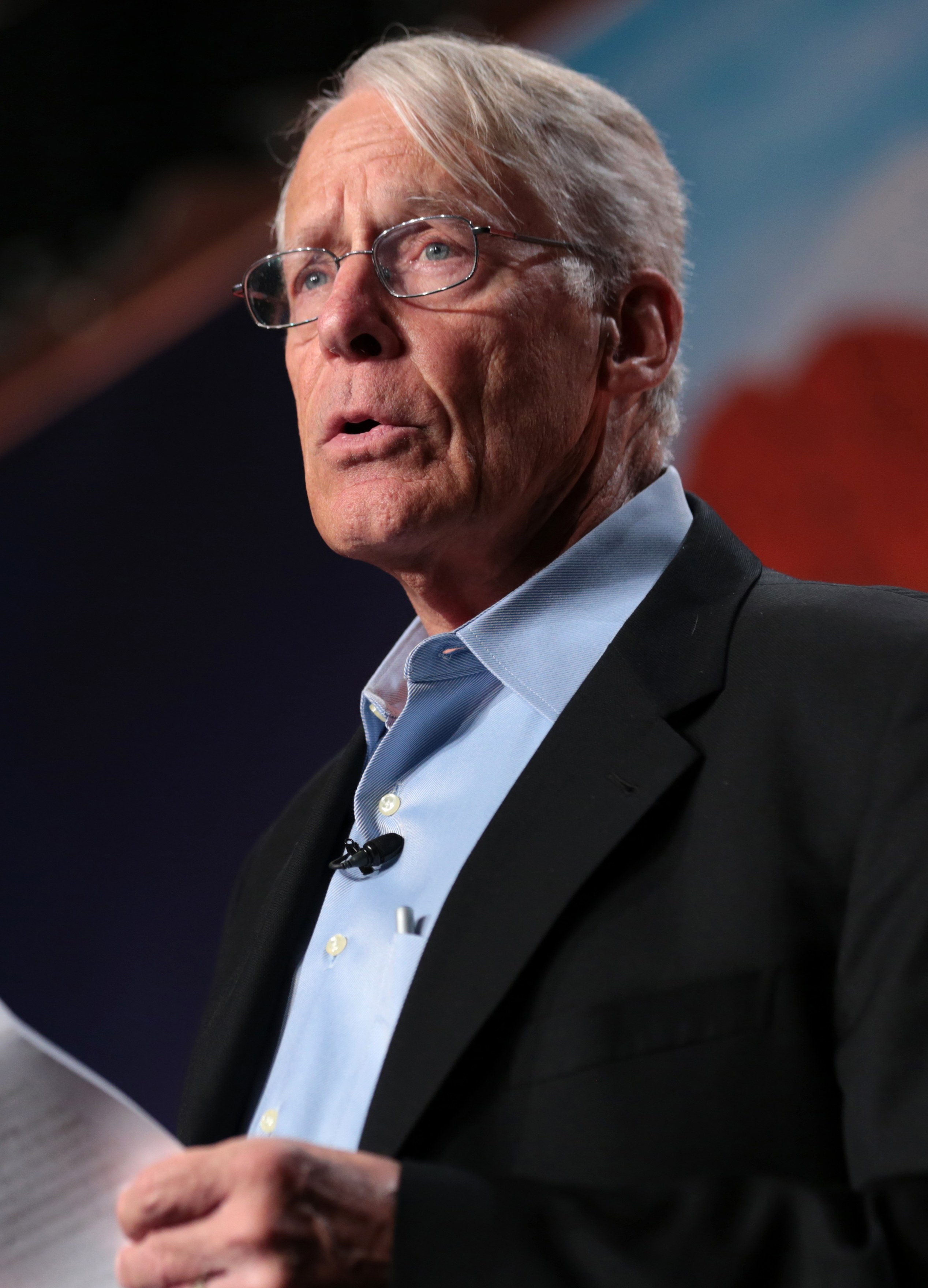 The 76-year old son of father Sam Walton and mother Helen Walton  S. Robson Walton in 2021 photo. S. Robson Walton earned a  million dollar salary - leaving the net worth at 38500 million in 2021