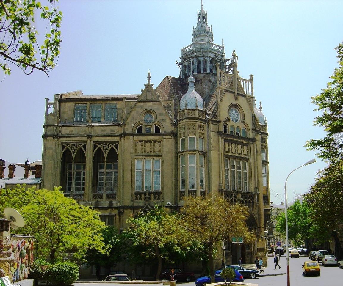 عمارت سعادت در باکو