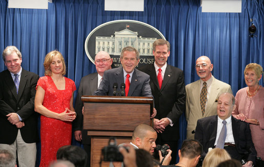 In August 2006, President George W. Bush hosted seven White House press secretaries before the James S. Brady Press Briefing Room underwent renovation. From left, Joe Lockhart, Dee Dee Myers, Marlin Fitzwater, Bush, Tony Snow, Ron Nessen and James Brady (seated) with his wife Sarah Brady. SevenWhiteHousePressSecretaries.jpg