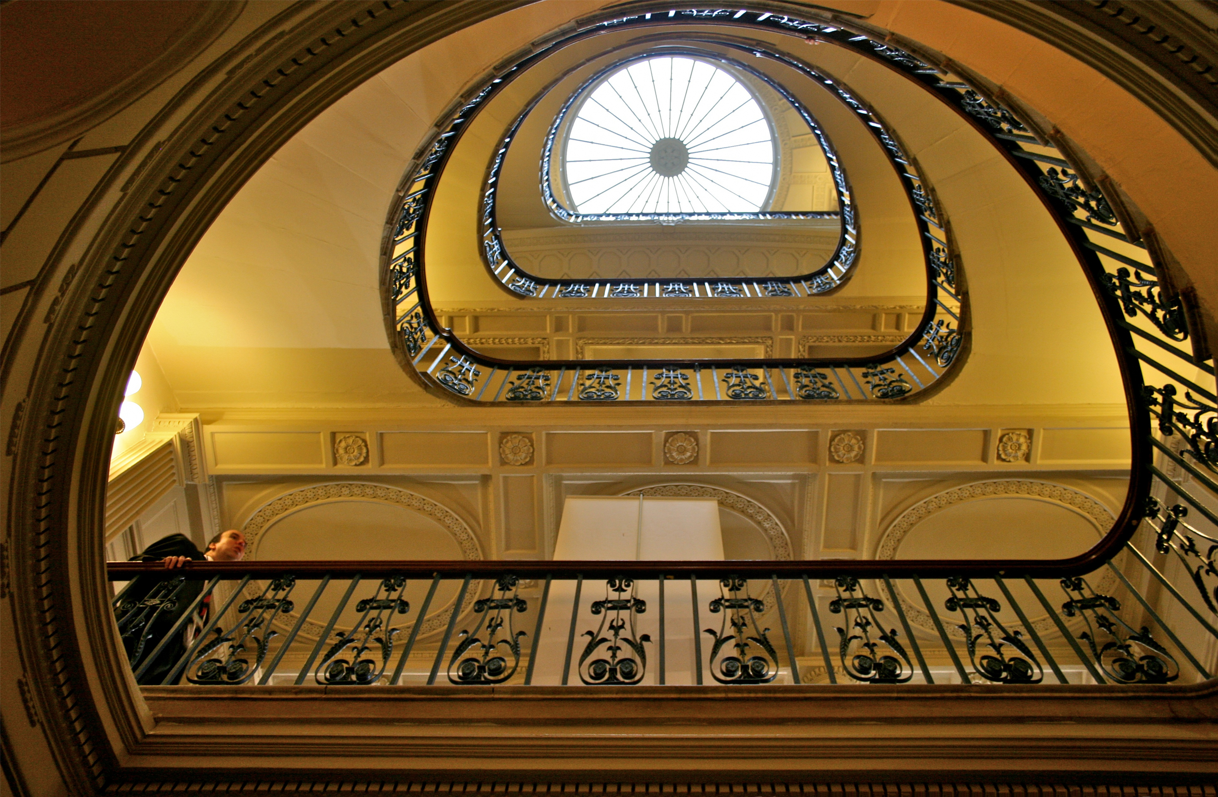 Staircase At The Courtauld Gallery 1jpg Wikimedia