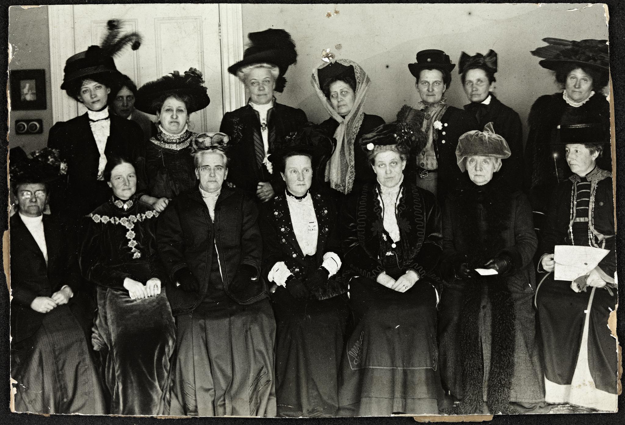stemmerett kvinner Langeland