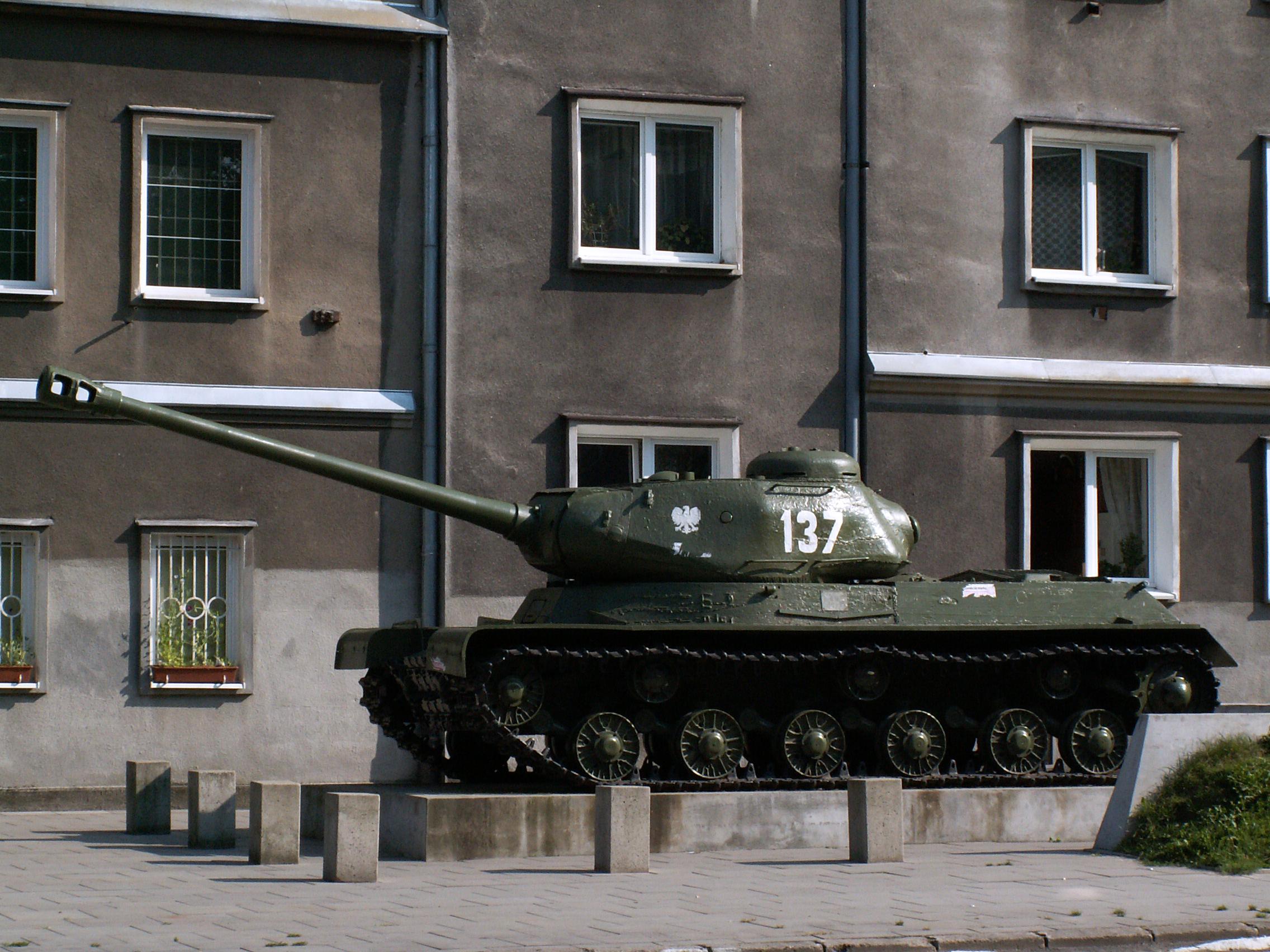 File Tank Is 2 Os Gorali Nowa Huta Krakow Poland Jpg
