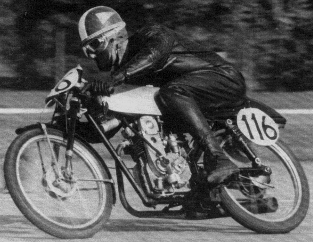 Sobre la moto y a raja pela - 2 part 4