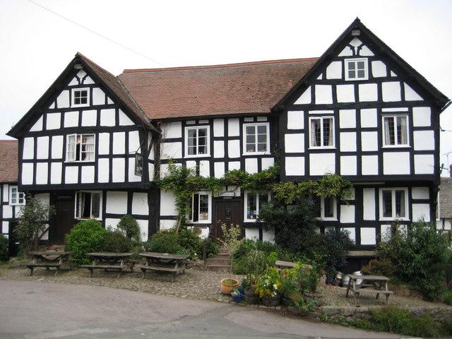 The New Inn Pembridge - geograph.org.uk - 872917