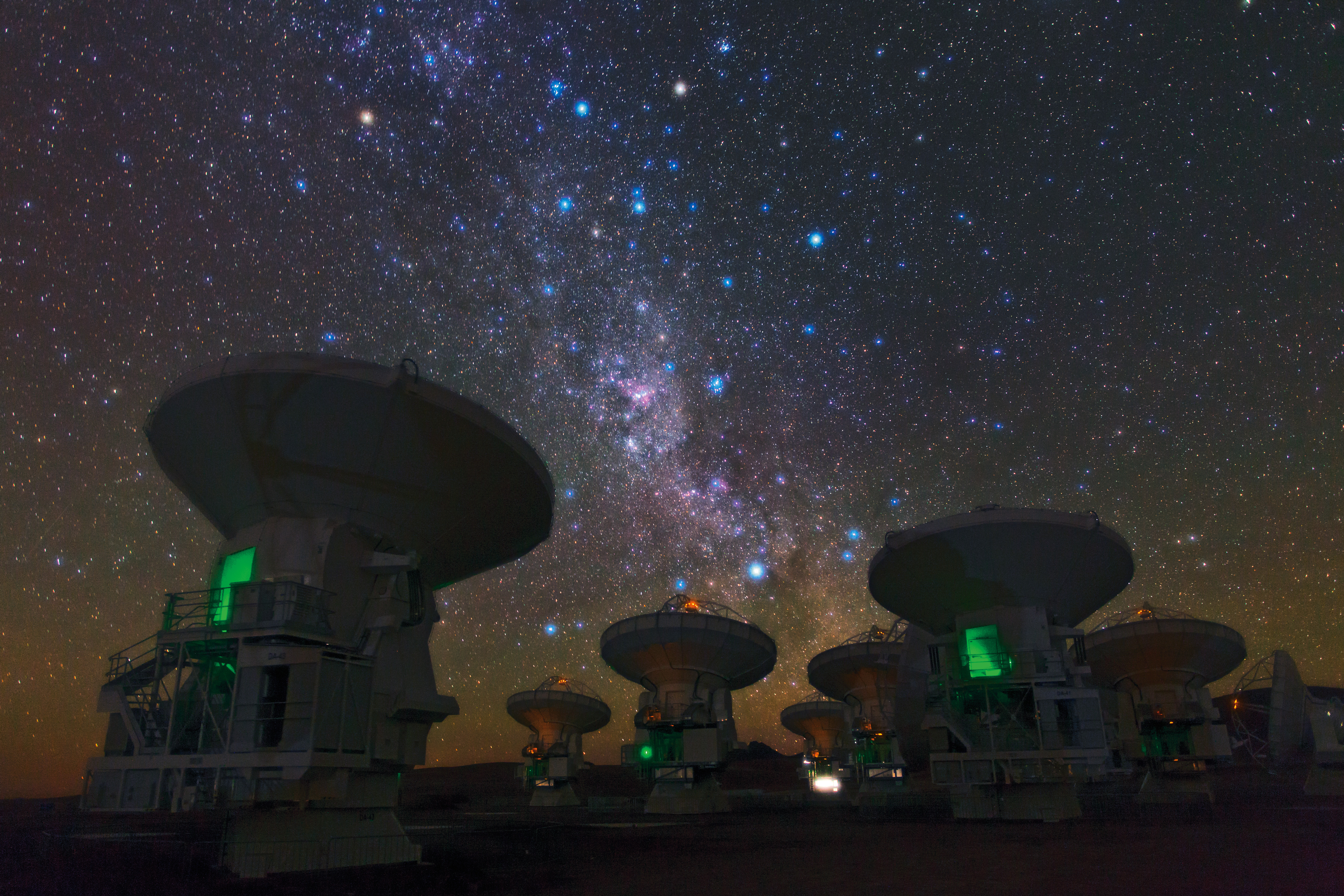 the southern milky way above alma.jpg