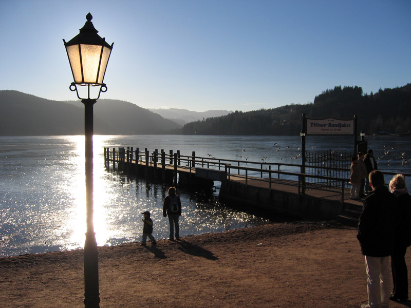 File:Titisee winter.jpg