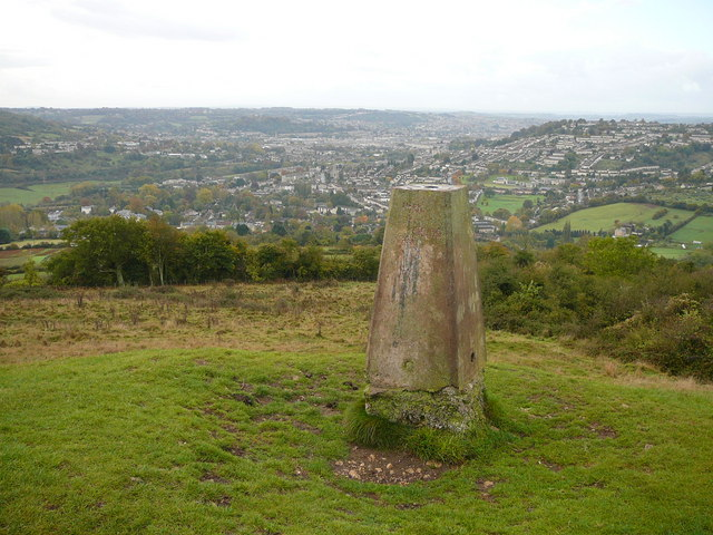 Trig point on Little Solsbury Hill (geograph 1646537)
