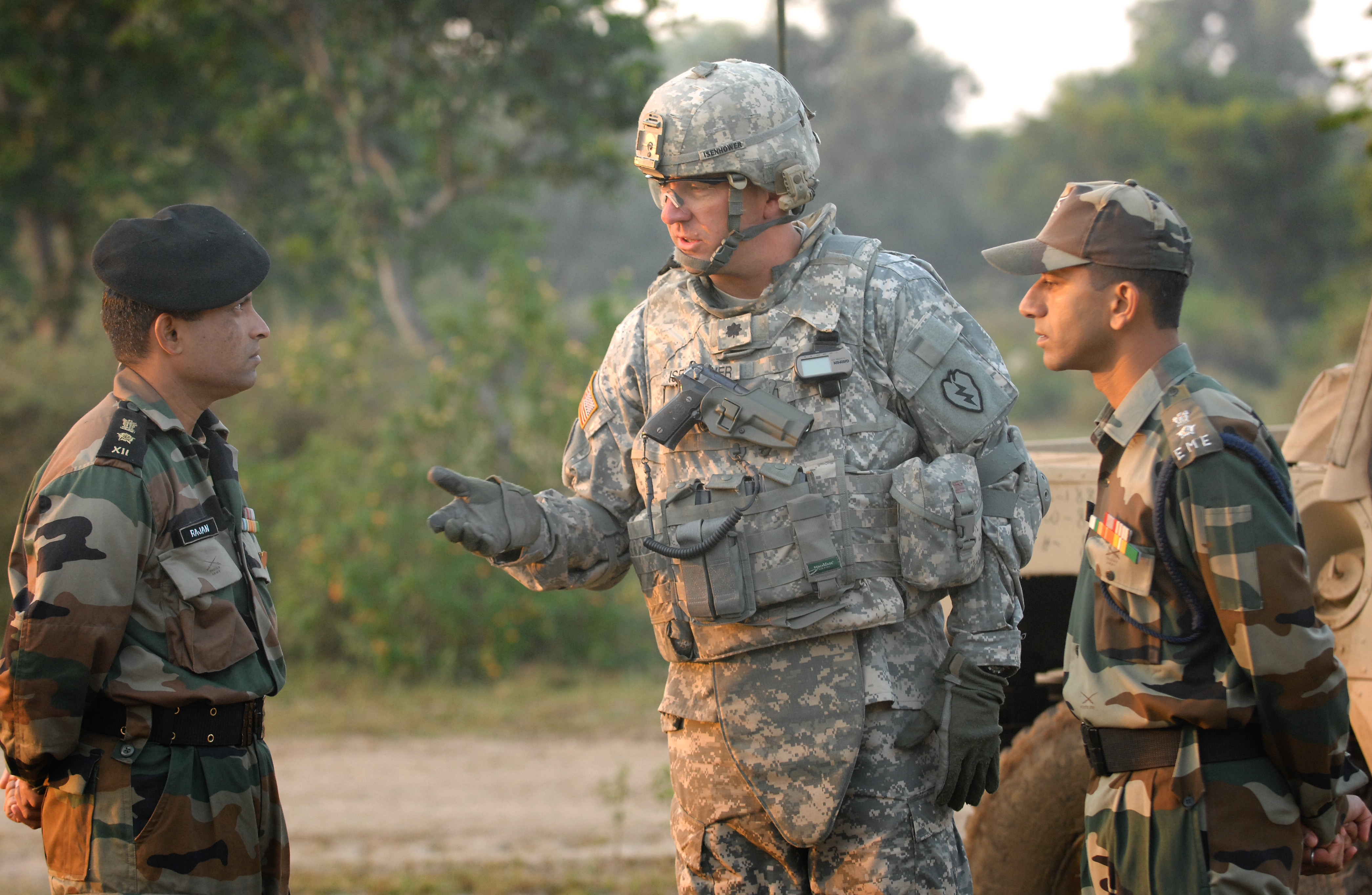 file u s army lt col jim isenhower talks n army file u s army lt col jim isenhower talks n army officers following