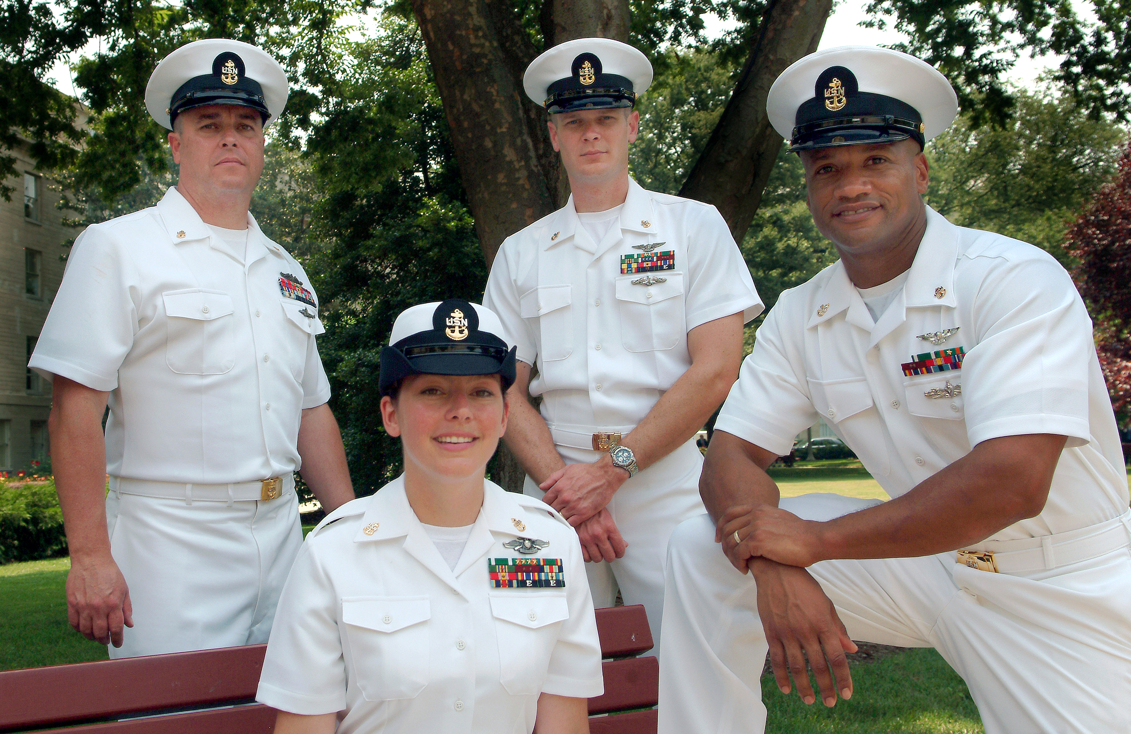 naval officers of canada-centennial essay contest