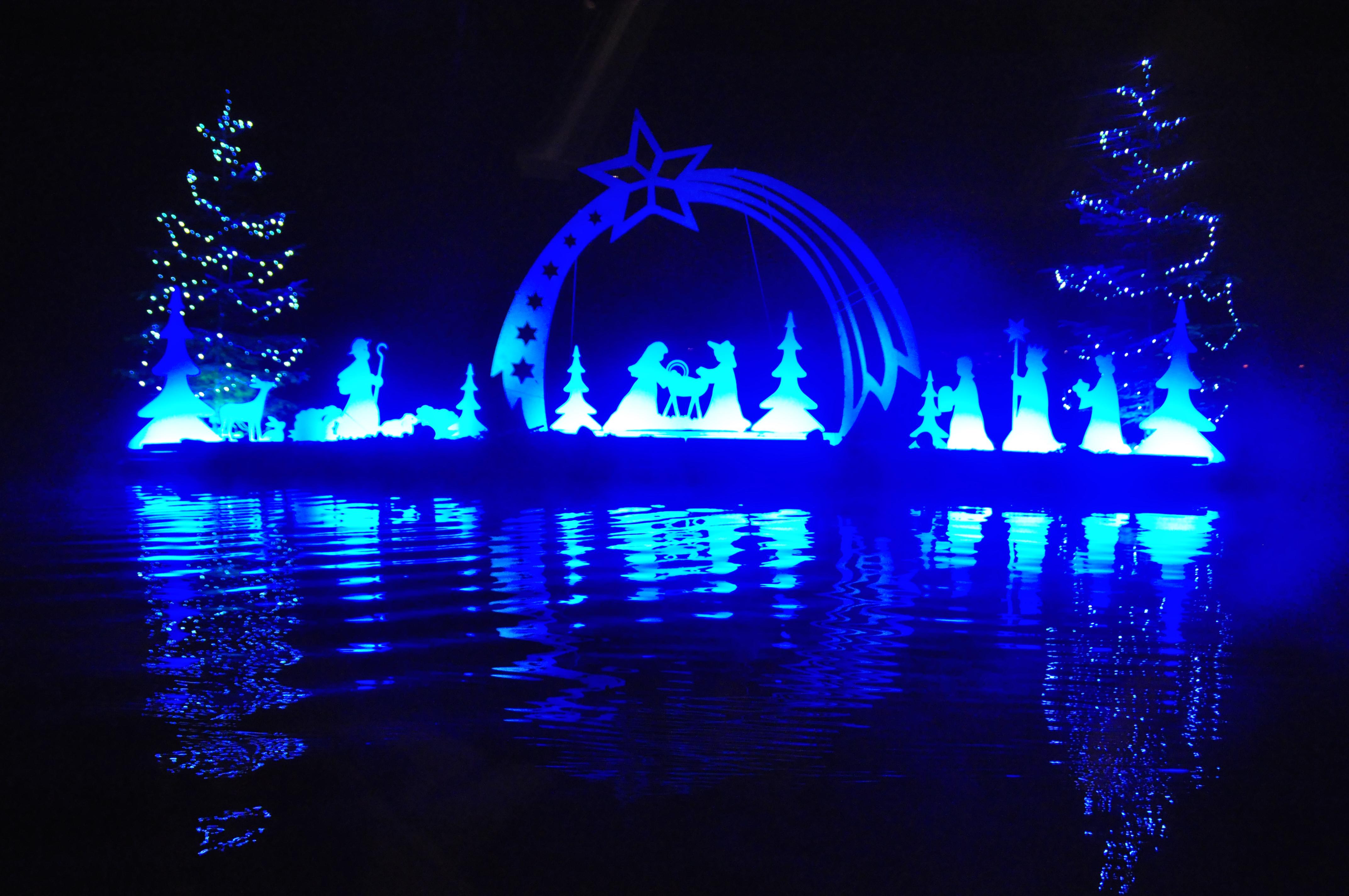 file velden floating nativity scene on the surface of lake woerth