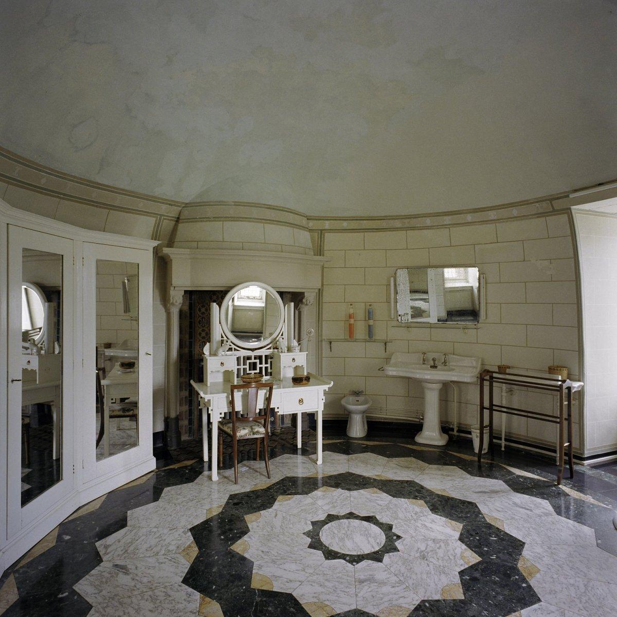 File vertrek badkamer bij kamer 4 interieur for Kamer interieur