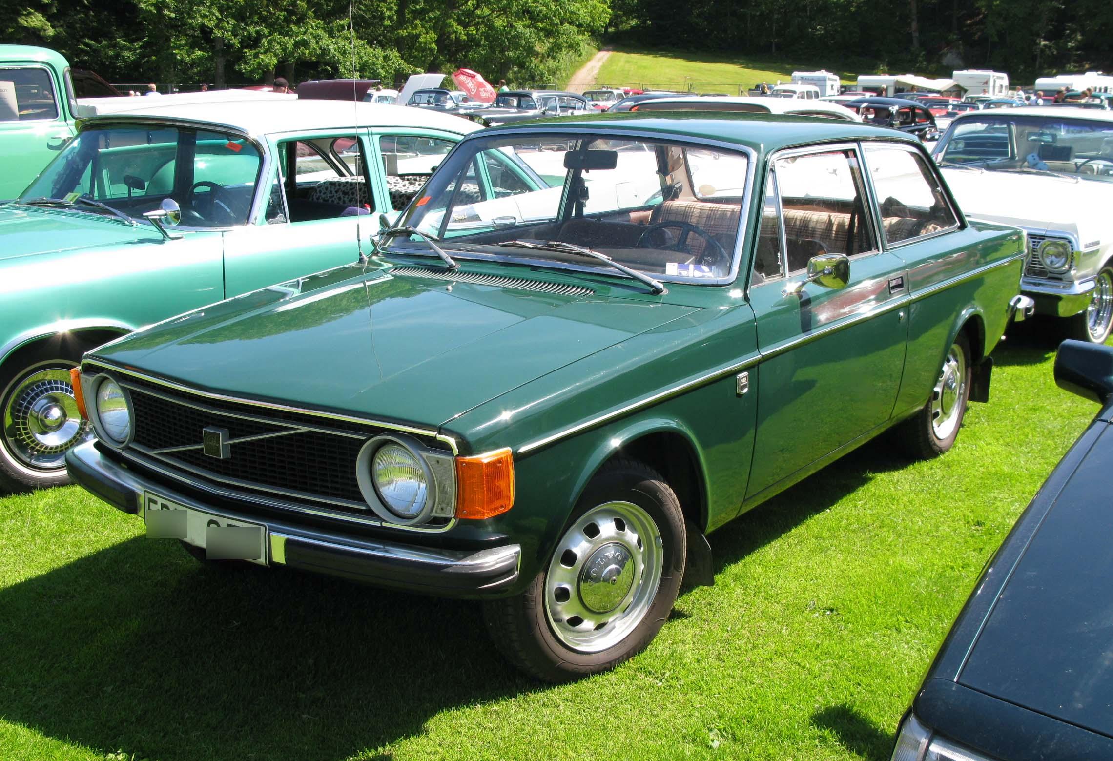 File Volvo 142 Green Jpg Wikimedia Commons