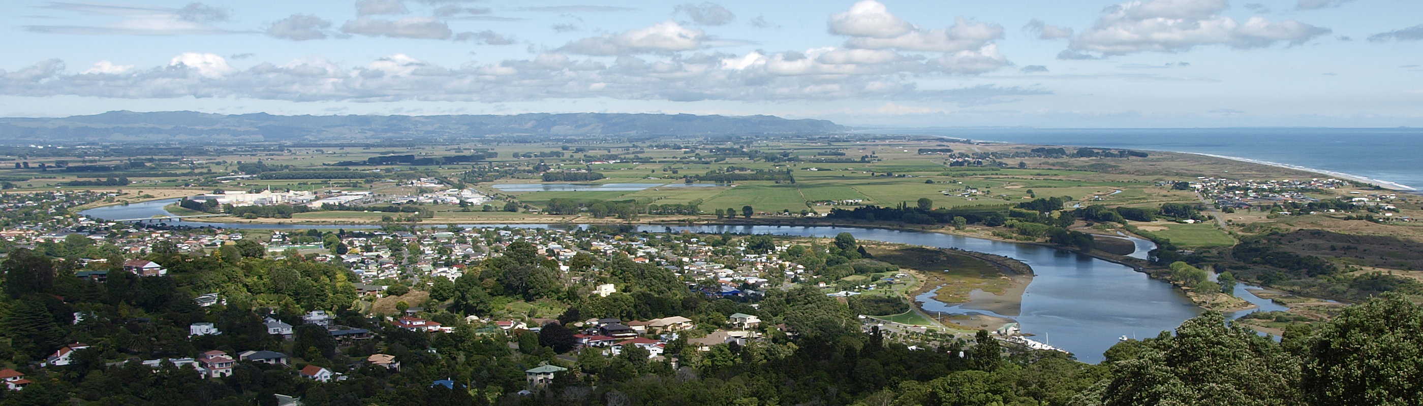 Whakatane New Zealand  City new picture : Whakatane with River and Hinterland Wikipedia, the free ...