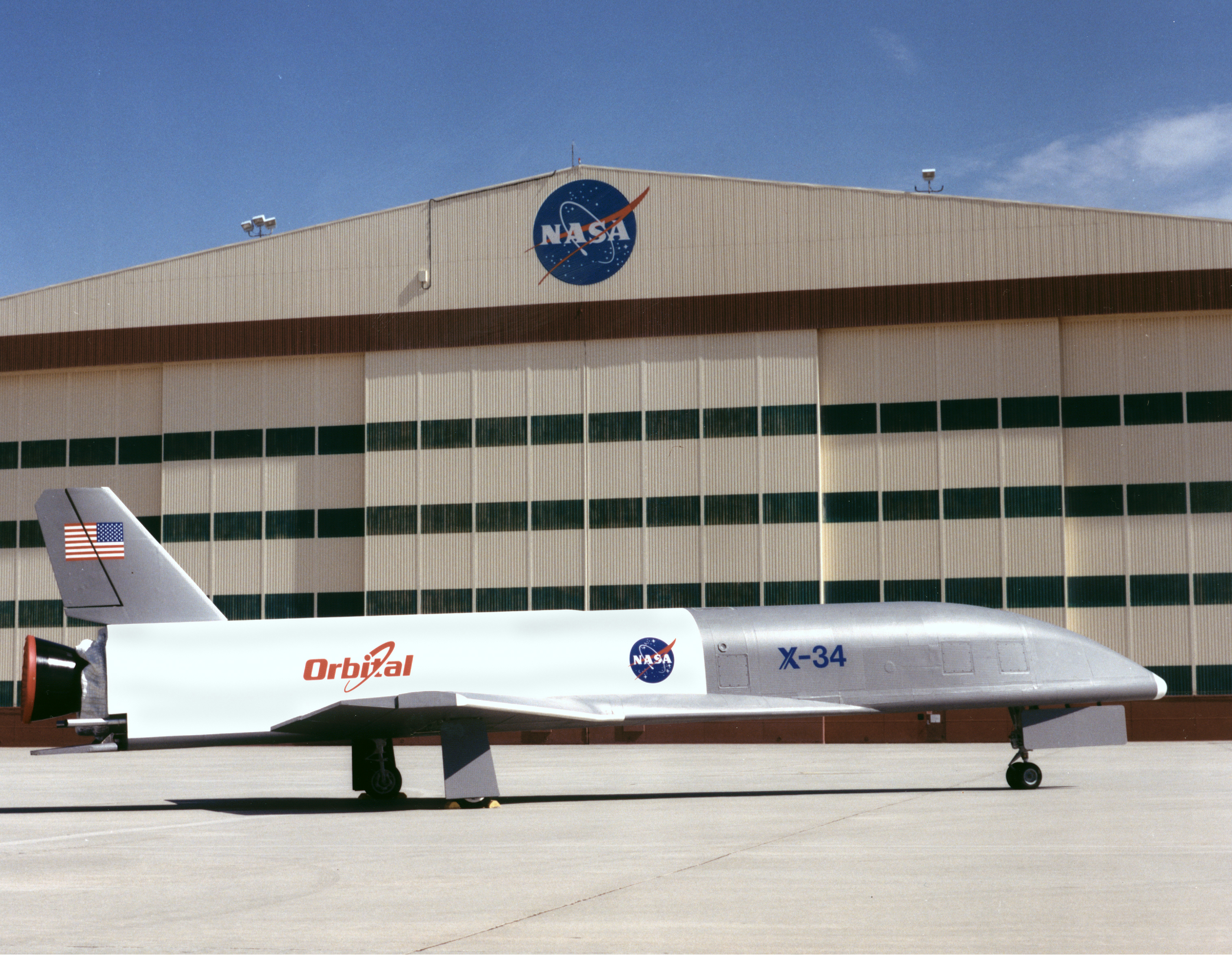 File:X-34 at NASA Dryden Flight Research Center - GPN-2000 ...