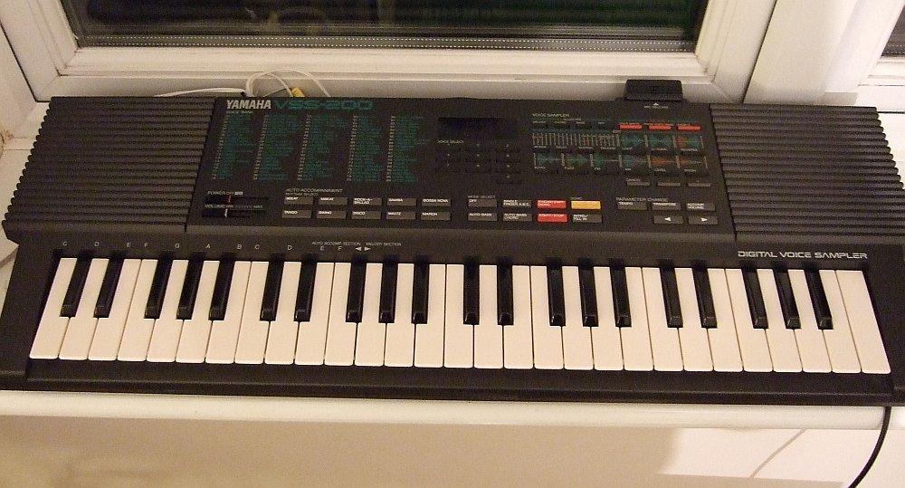 Yamaha_VSS-200.jpg