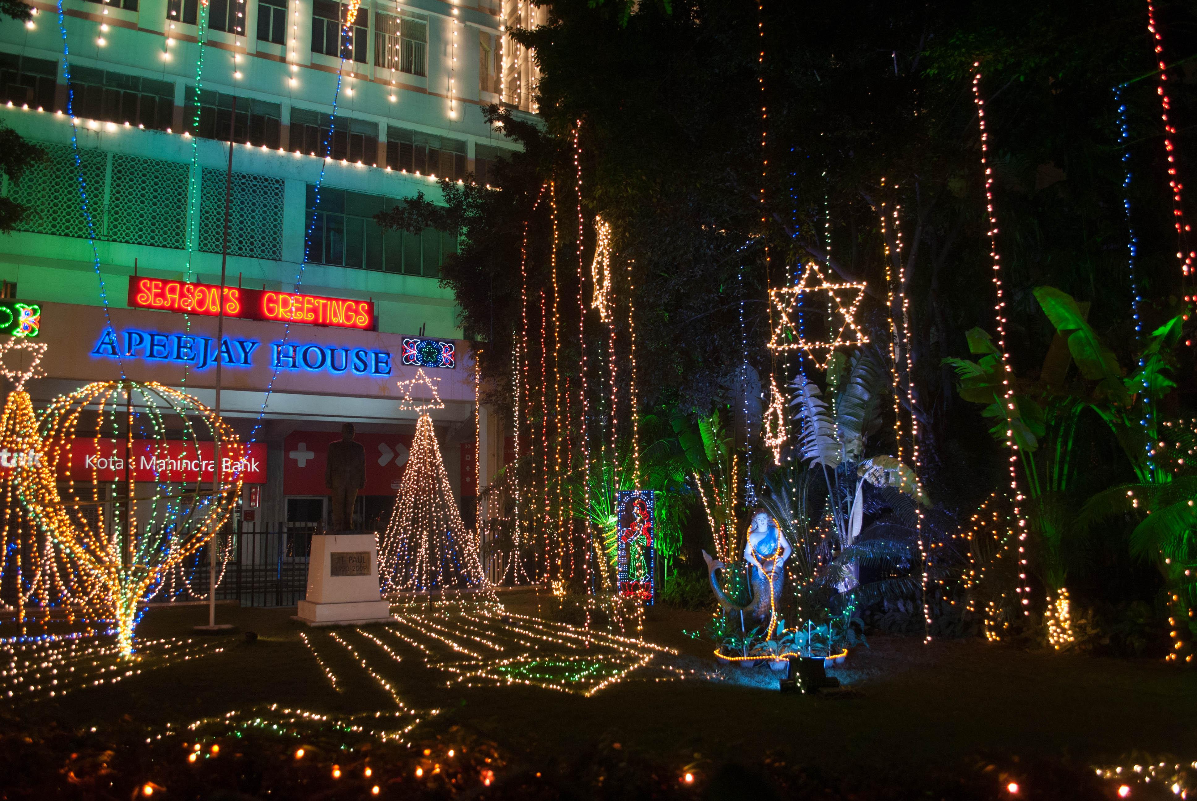Park Street Kolkata During Christmas.File Chistmas Night Celebration In Apeejay House Park