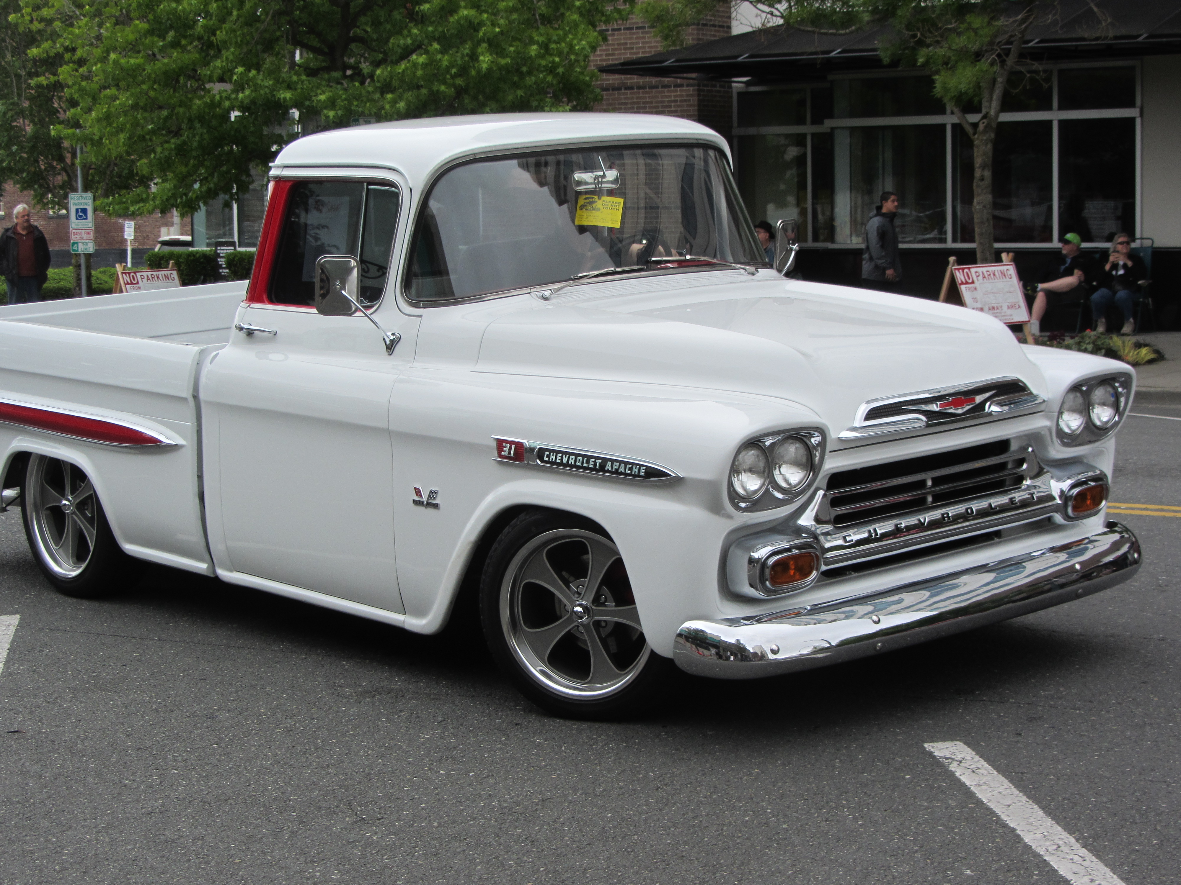 File1959 Chevrolet Fleetside 2