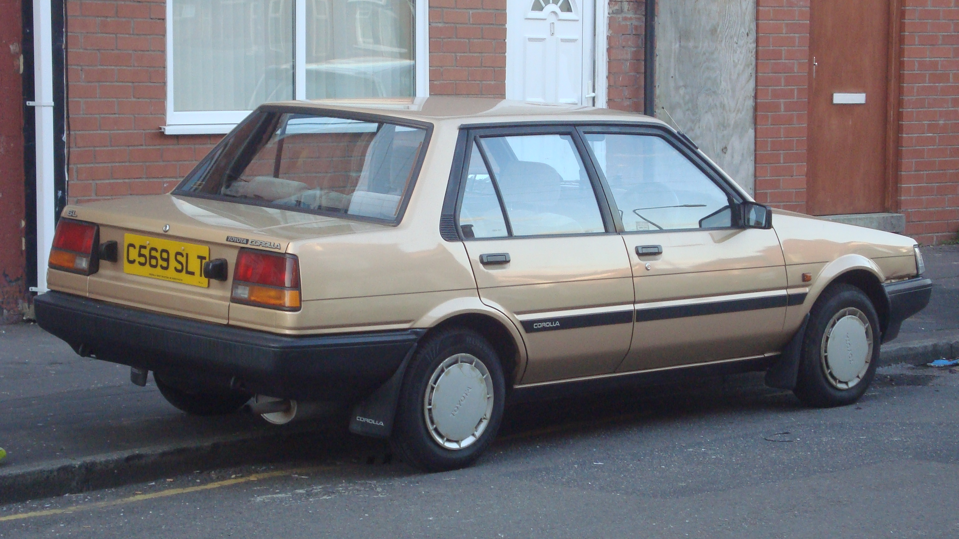 File 1985 Toyota Corolla 1 3 Gl 14395370647 Jpg