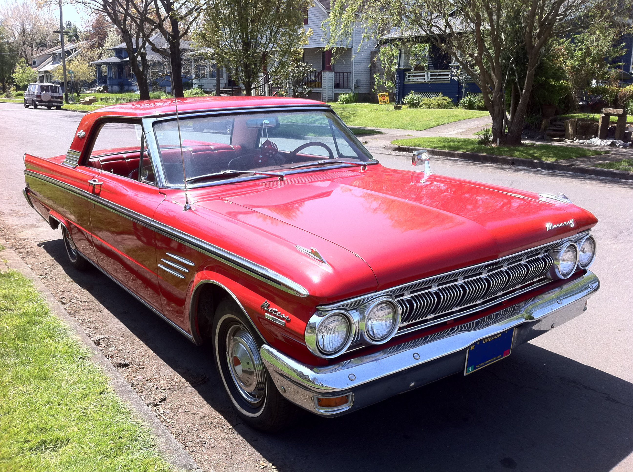 63 Mercury Meteor for Sale http://commons.wikimedia.org/wiki/File:63_Mercury_Meteor_S33-2.jpg