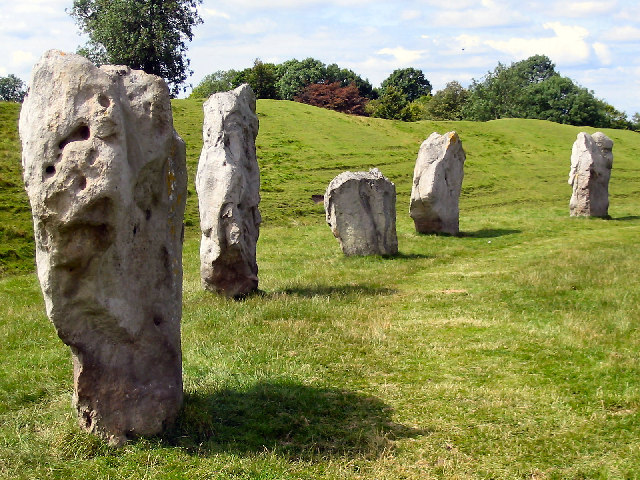 Avebury Stones - geograph.org.uk - 37456