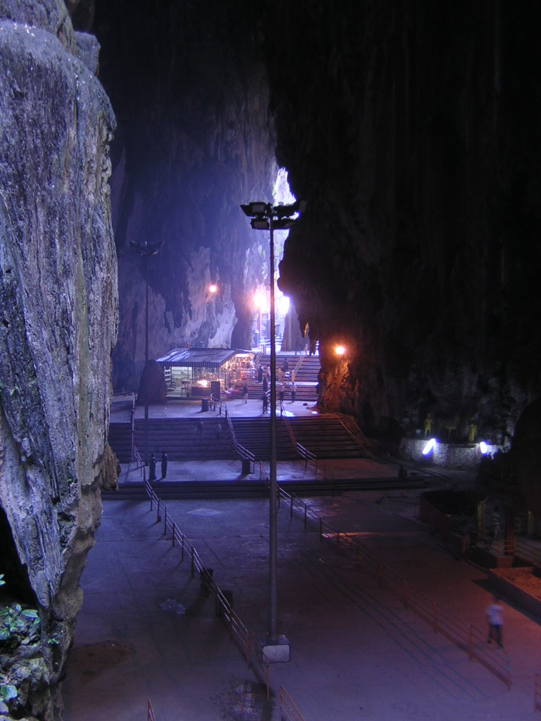 the history of batu caves The batu caves photo by: andy lawson, creative commons malaysia is very appealing to many tourists all over the world the unique attractions, as well as the many activities you can embark when you visit the country make malaysia a great place to visit.