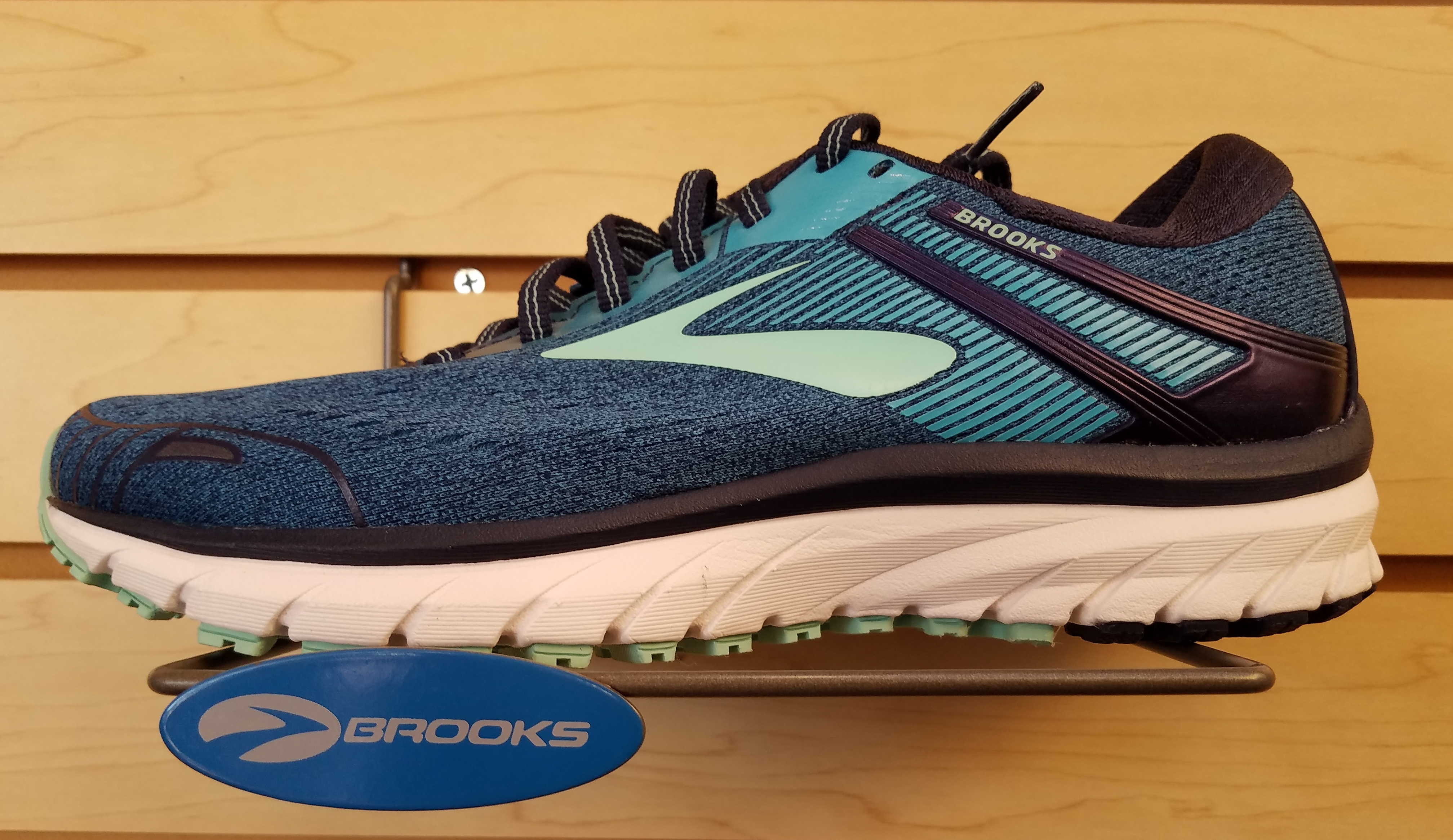 2933c4d714587 Brooks Sports - Wikiwand