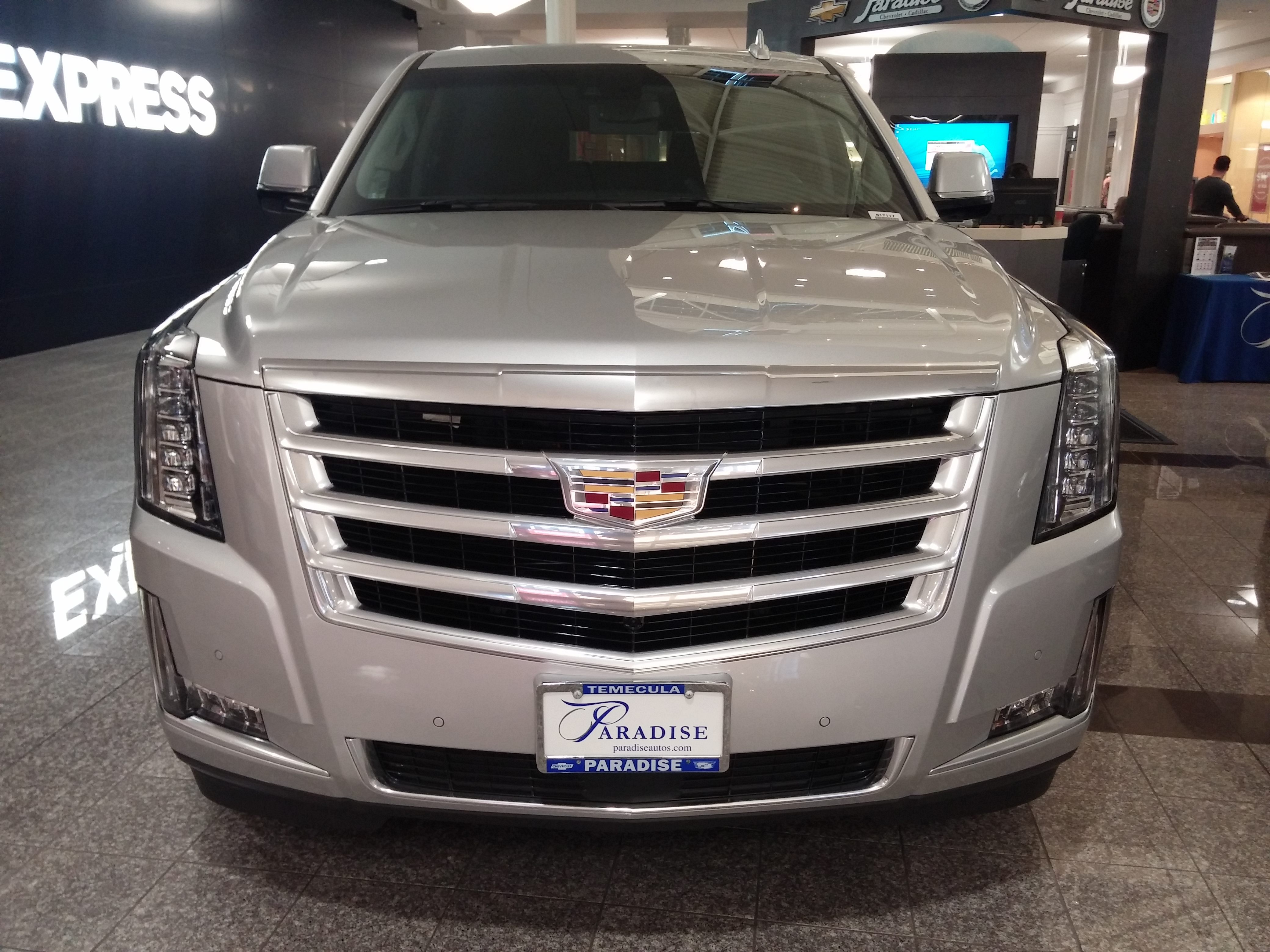 suv escalade 2017 used cadillac escalade suv pricing for sale edmunds. Black Bedroom Furniture Sets. Home Design Ideas