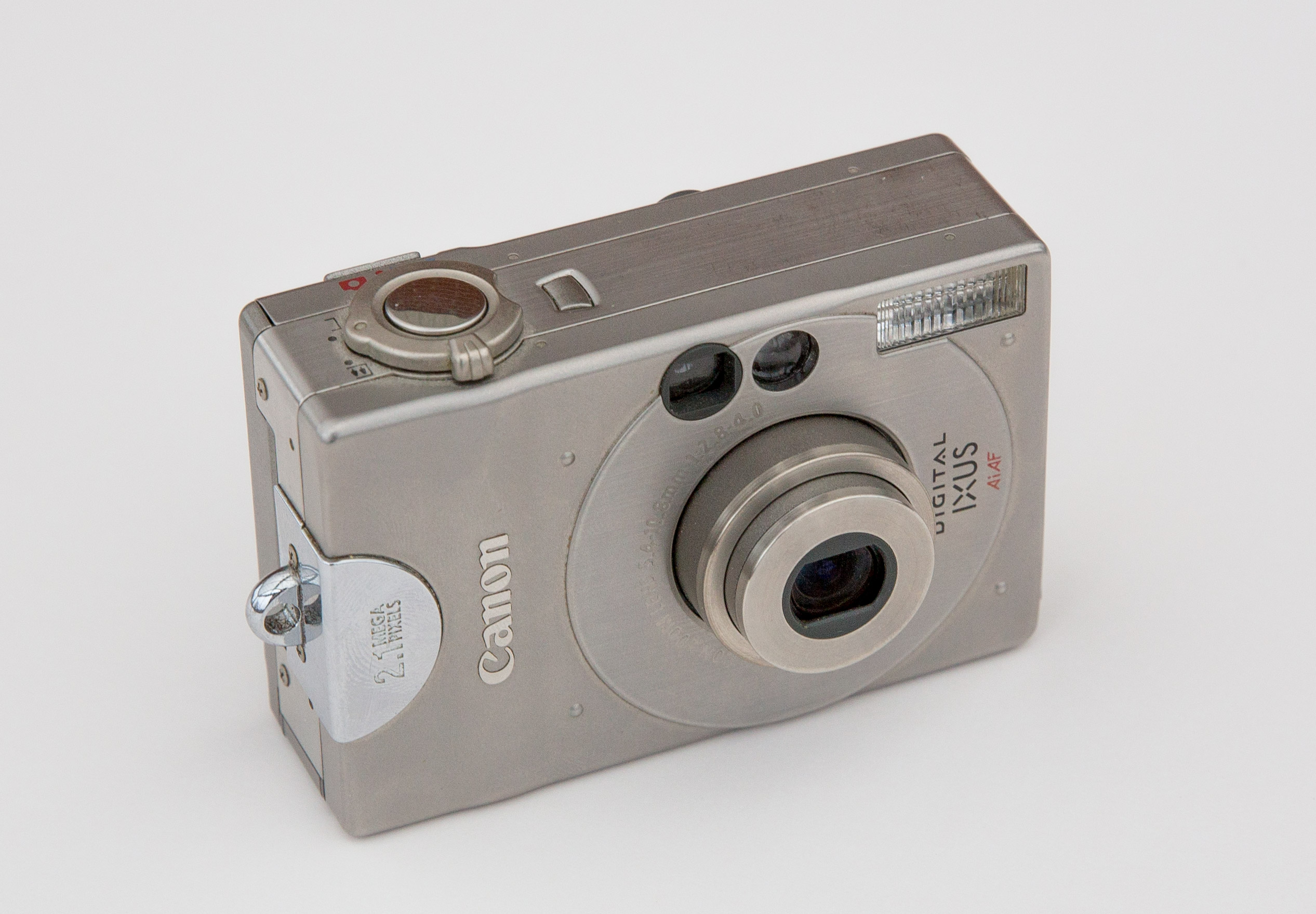 Canon Digital IXUS - Wikipedia