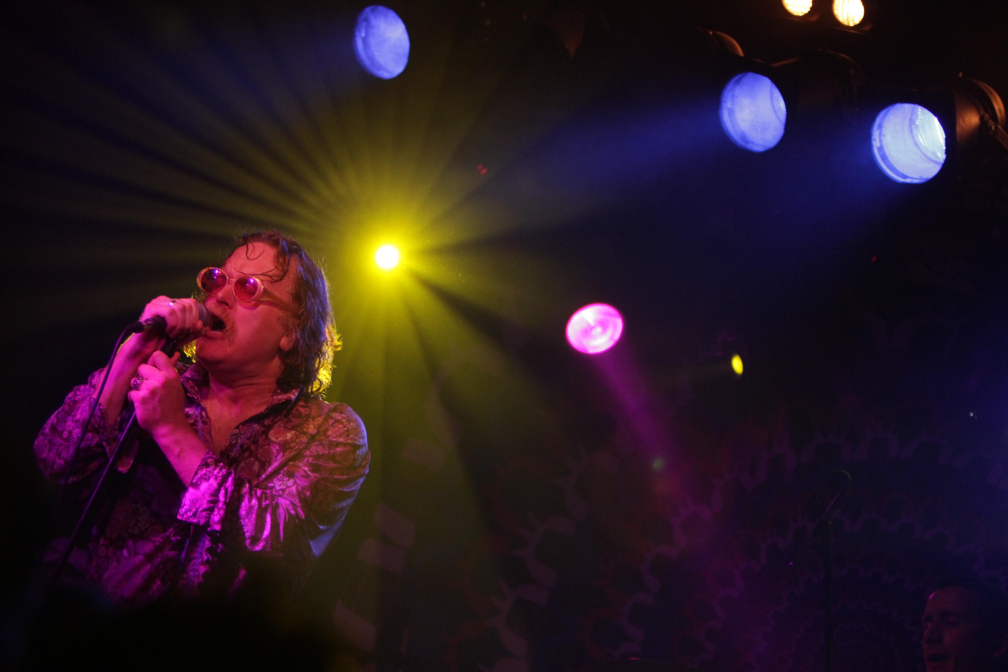 File Carl Puttnam Of Cud Performing Live On Stage Jpg