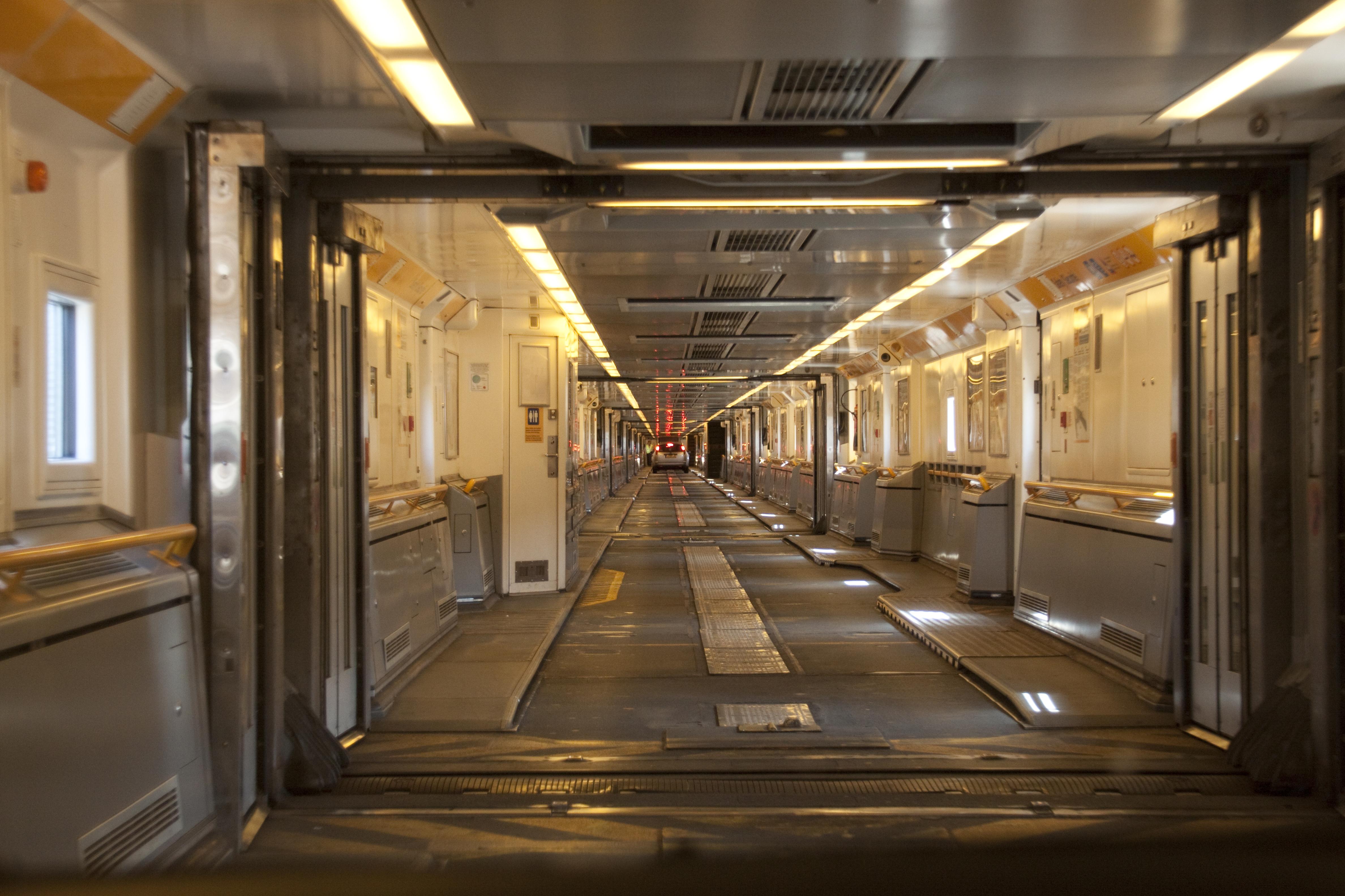 Space Shuttle Interior Car Shuttle Interior Jpg