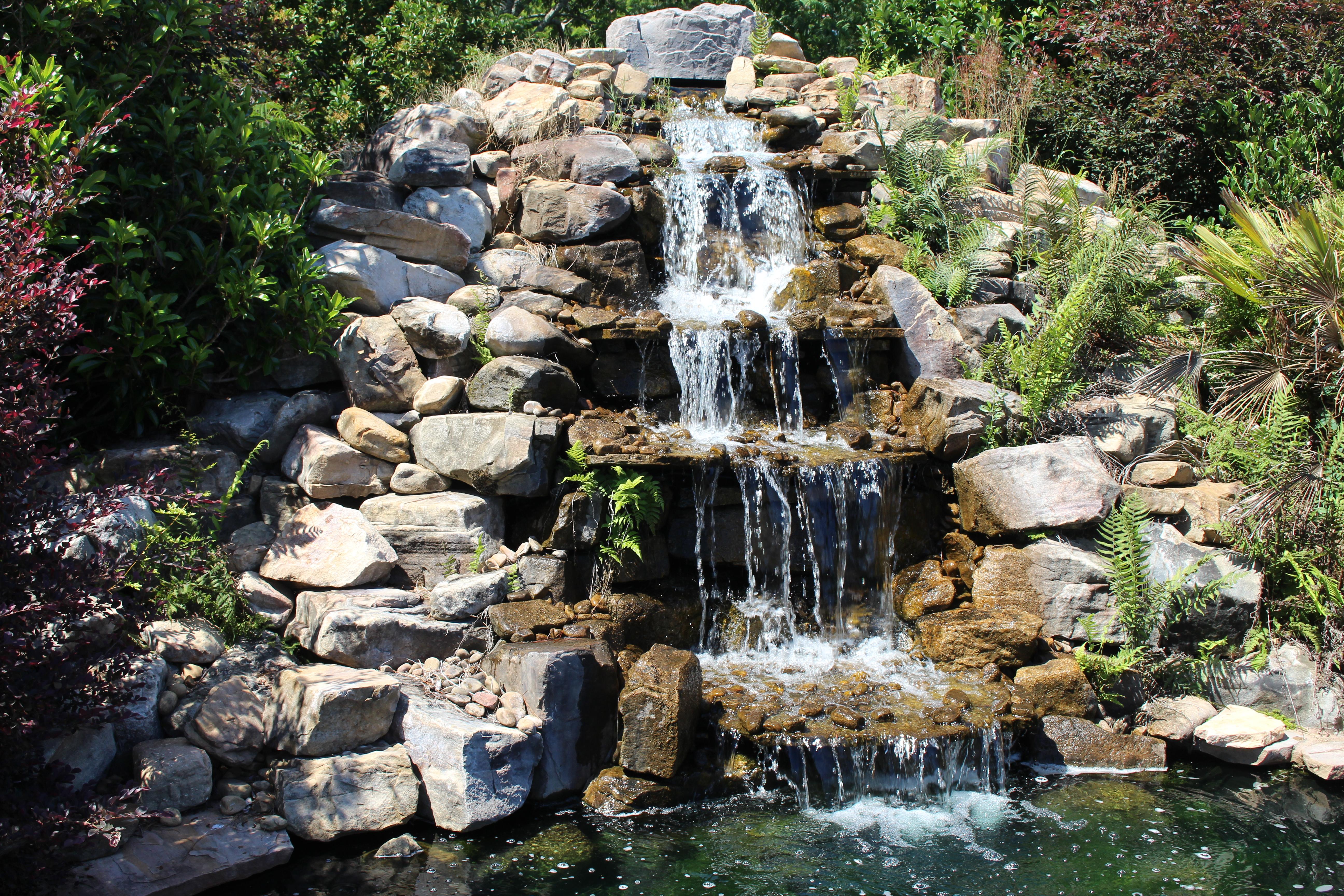 File:Coastal Georgia Botanical Gardens, Waterfall