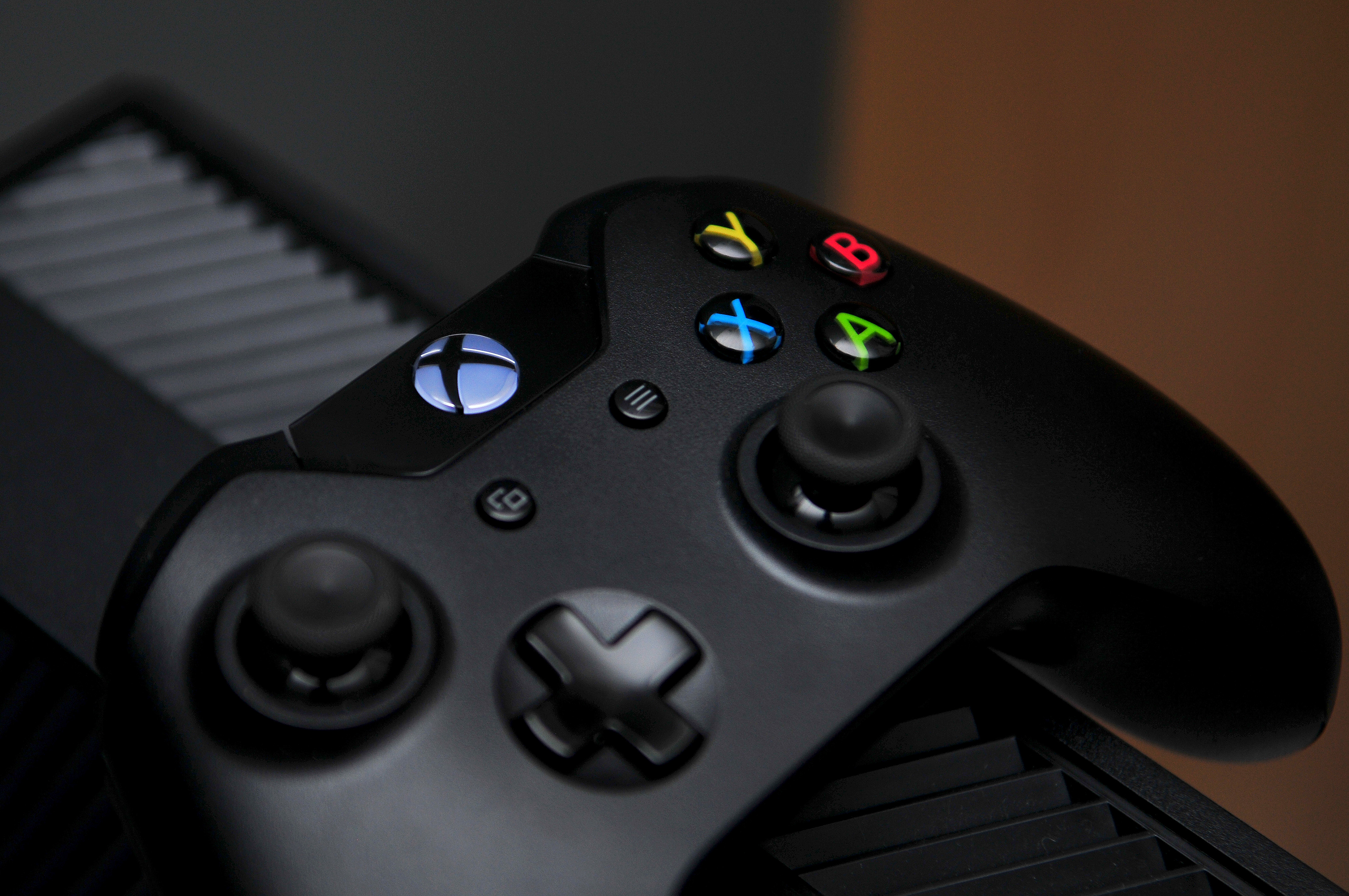 File:Controller-pad-afternoon-xbox (24326784755) jpg - Wikimedia Commons