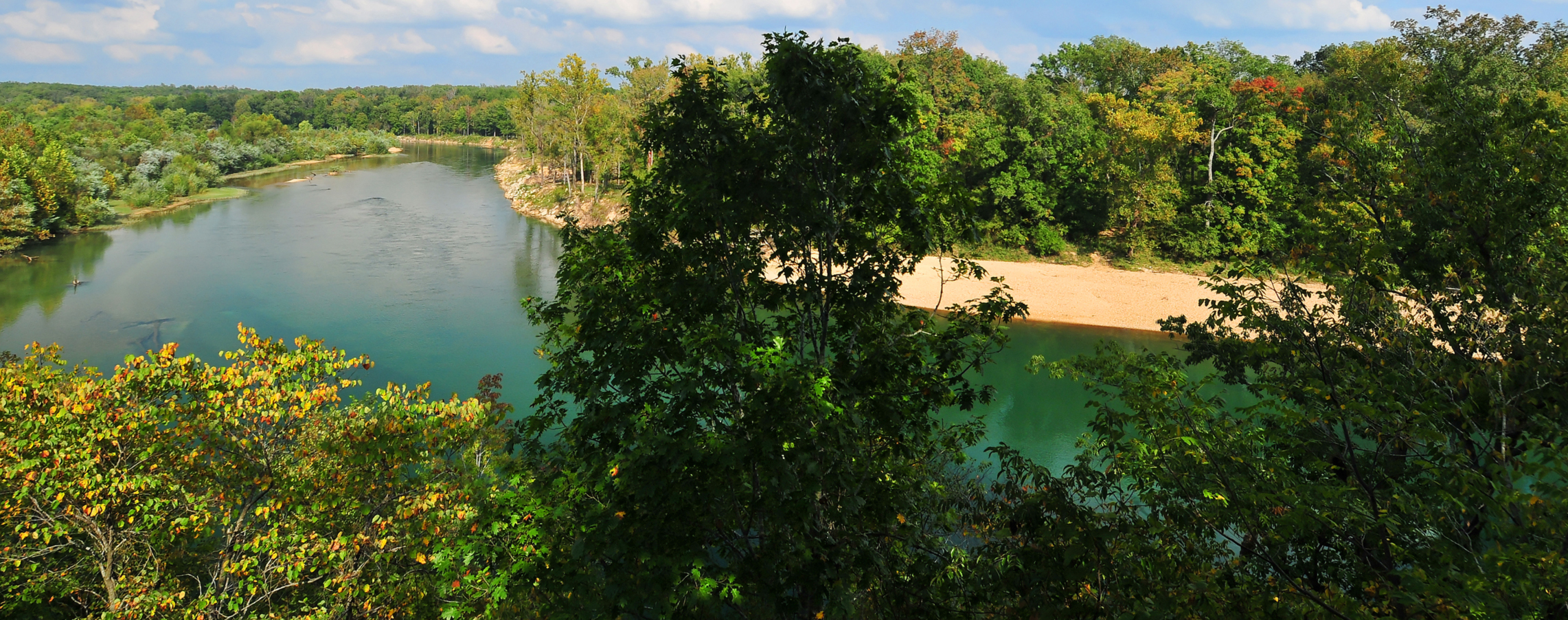 Lake Ozark Missouri >> File:Current River, Missouri, panorama.jpg - Wikimedia Commons