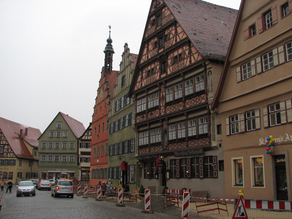 Dinkelsbühl — Wikipédia