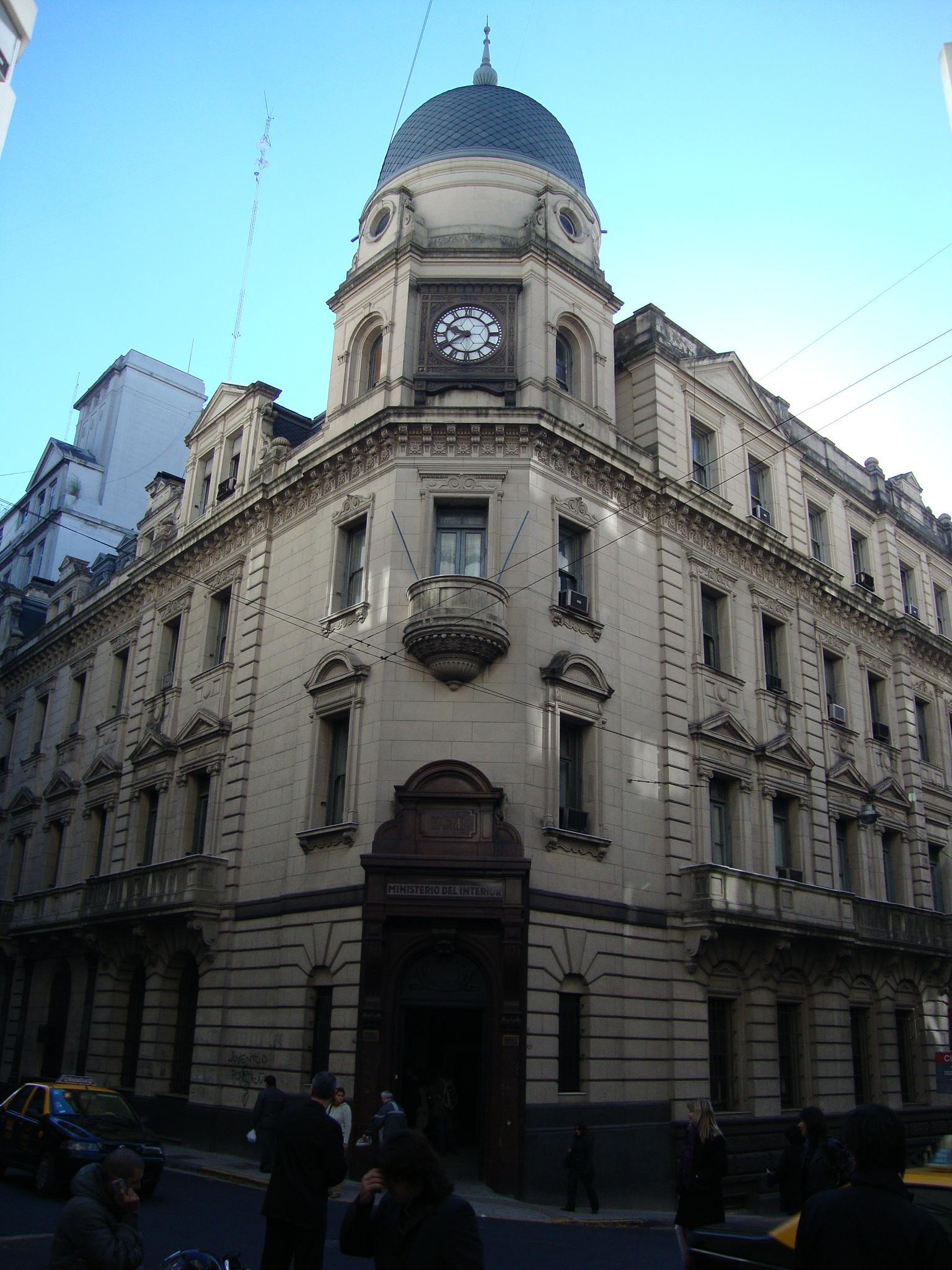 File edificio del ministerio del interior de argentina jpg for Mail ministerio del interior