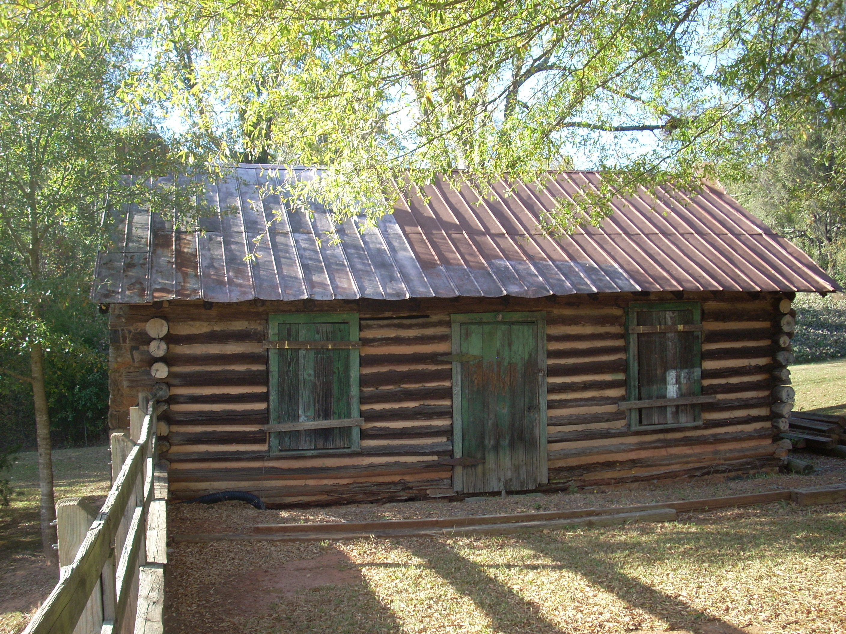 slave america topics carolina south history life cabins slavery cabin in of black pictures quarters replica interior