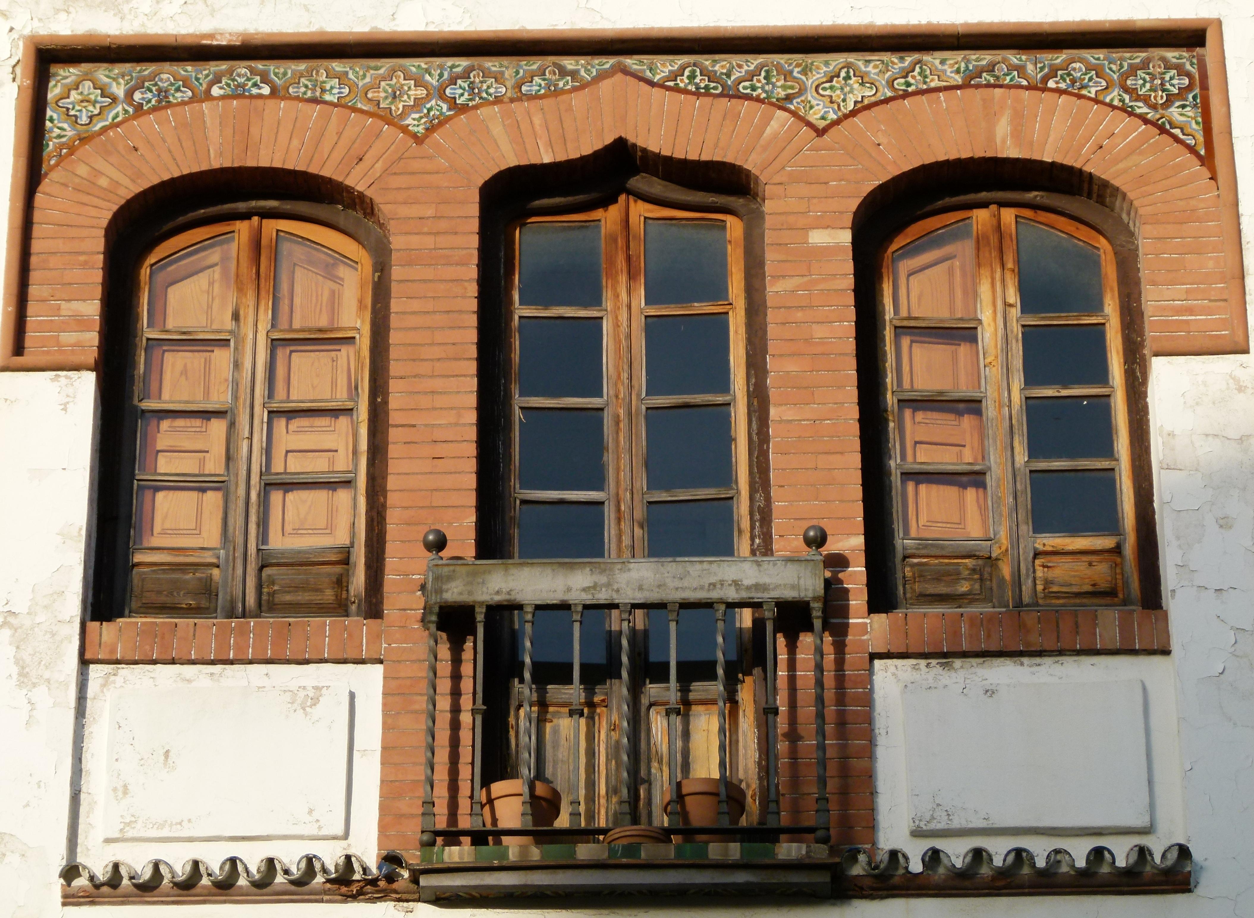 file fen tres et balcon maison de cordoue jpg wikimedia commons. Black Bedroom Furniture Sets. Home Design Ideas