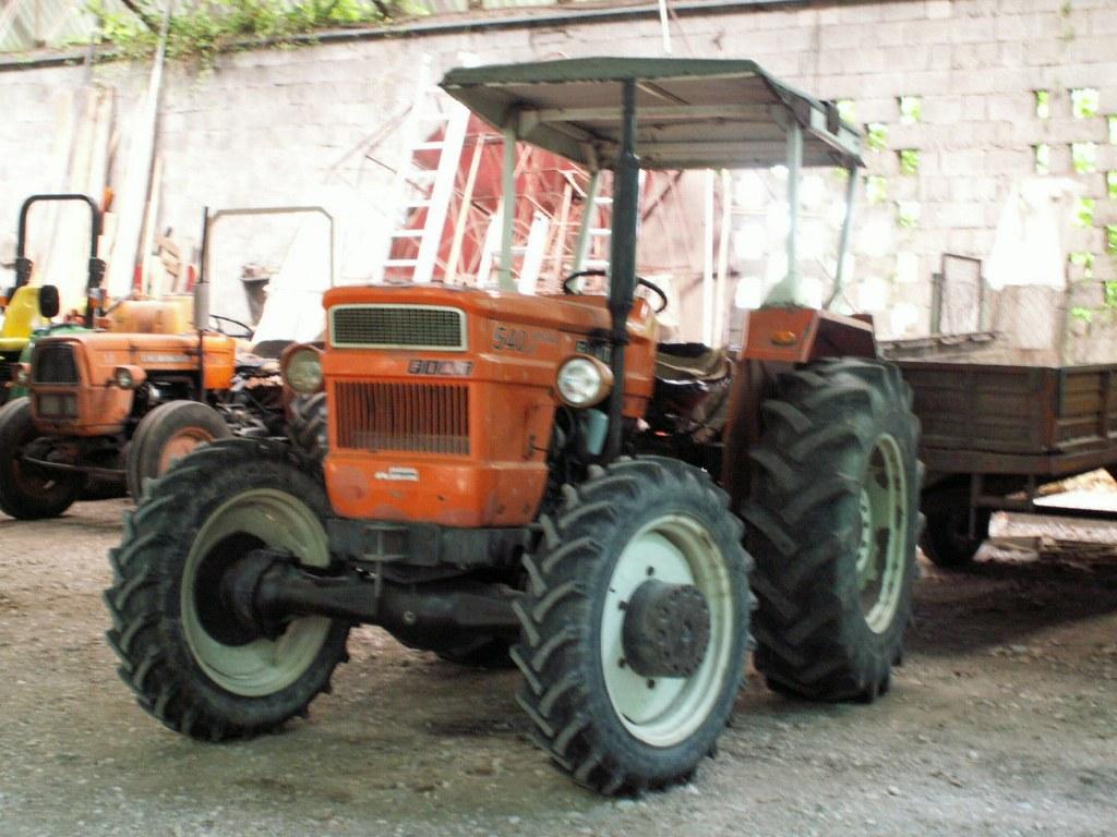 File Fiat540 Traktor Jpg Wikimedia Commons