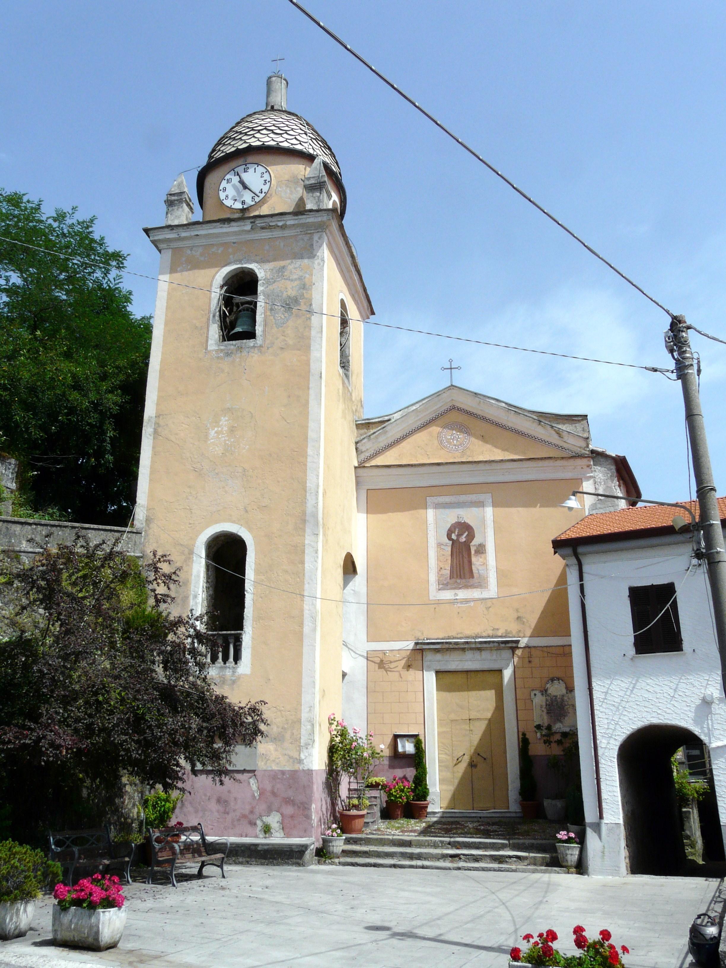 Descrizione Follo Alto (Follo)-chiesa san leonardo2.jpg