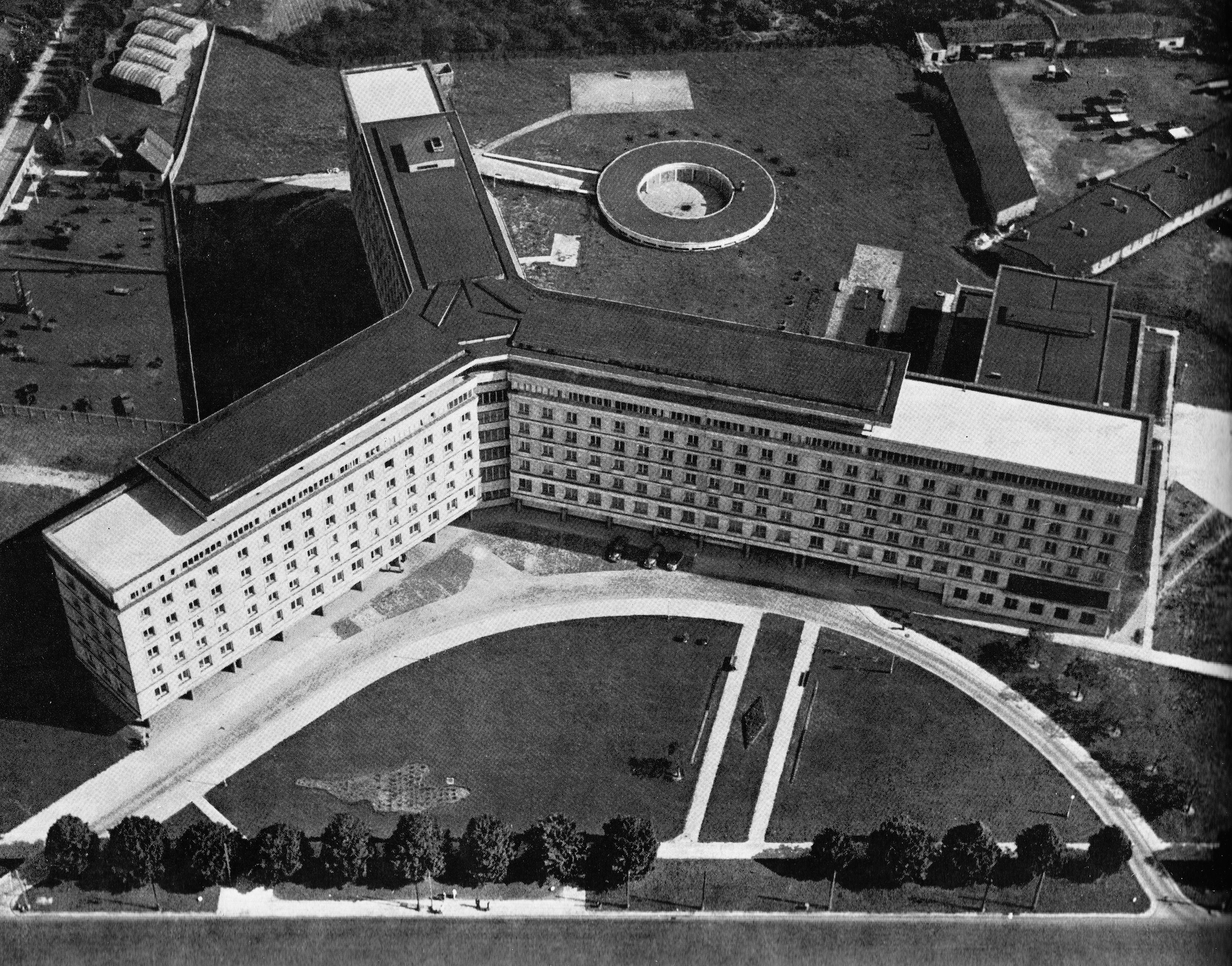 Fotografia z 1964 roku (źródło: wikipedia)