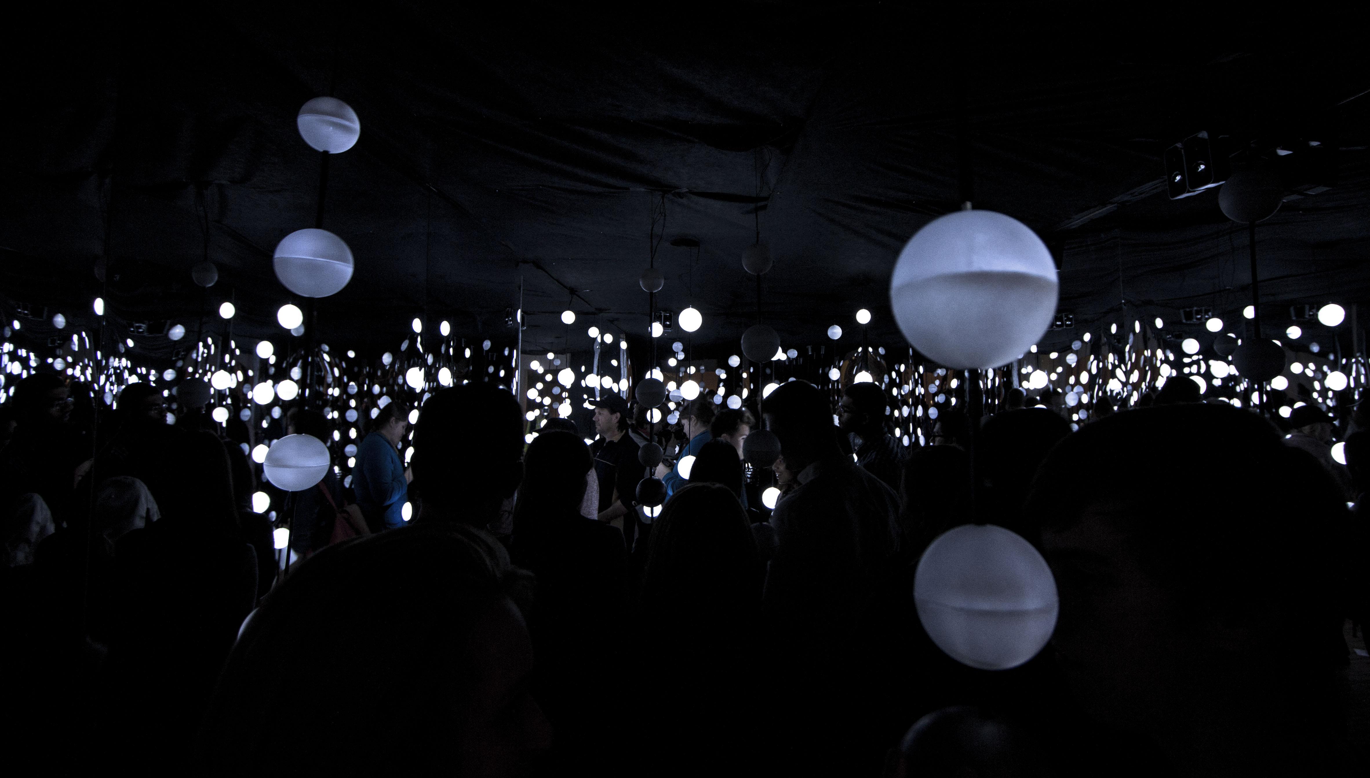 File:Glow in the Dark (10674495155).jpg - Wikimedia Commons